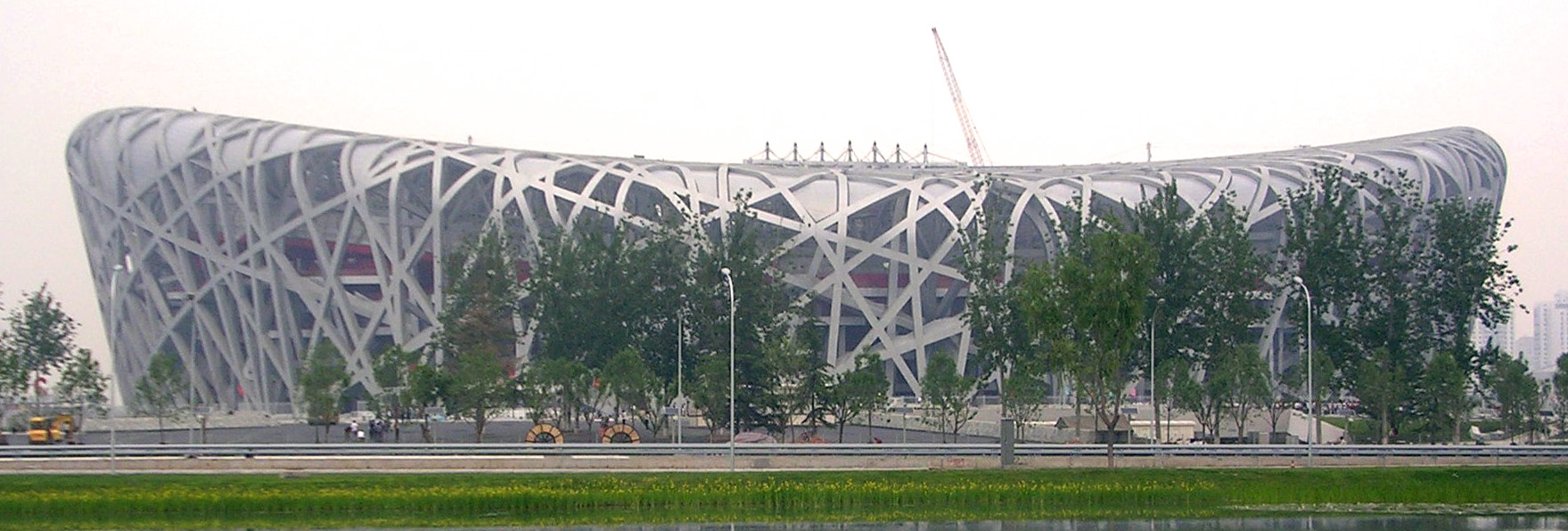 Geometry in architecture. Bold image of buildings. - Herzog & Demueron: Bird's Nest Stadium