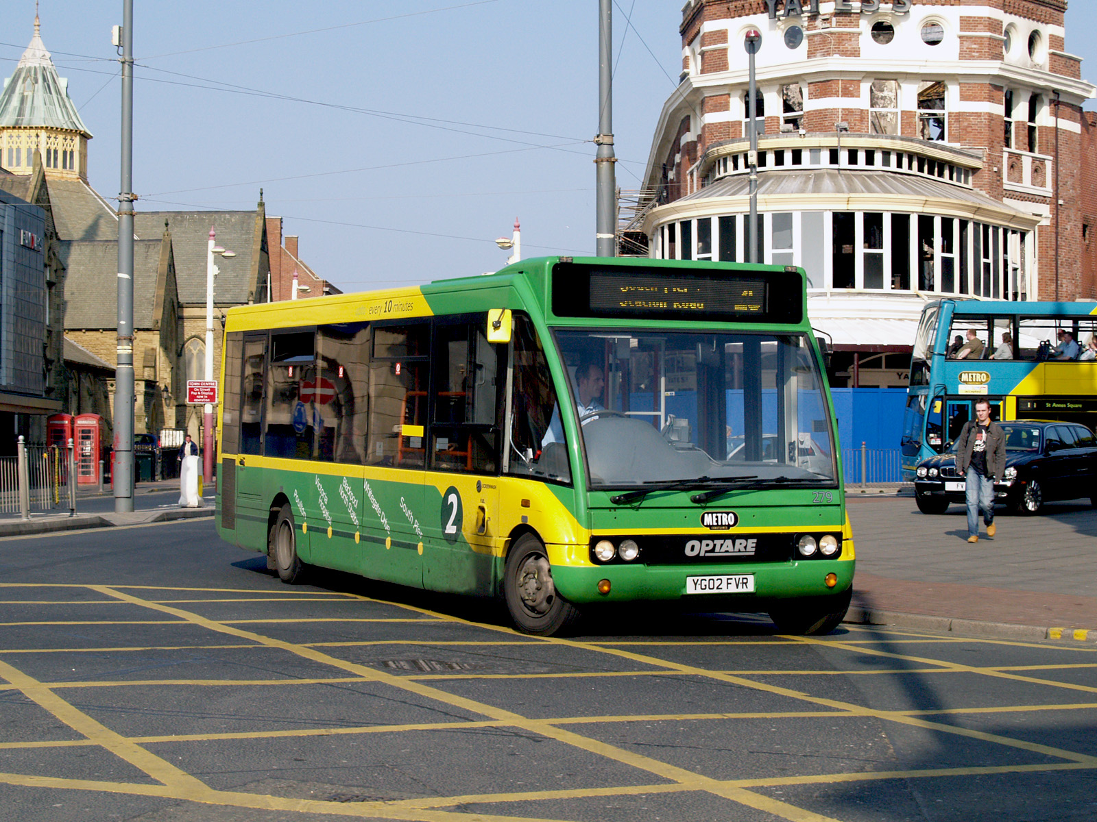 Bus Services From Ealing Broadway To Hoover Building Perivale