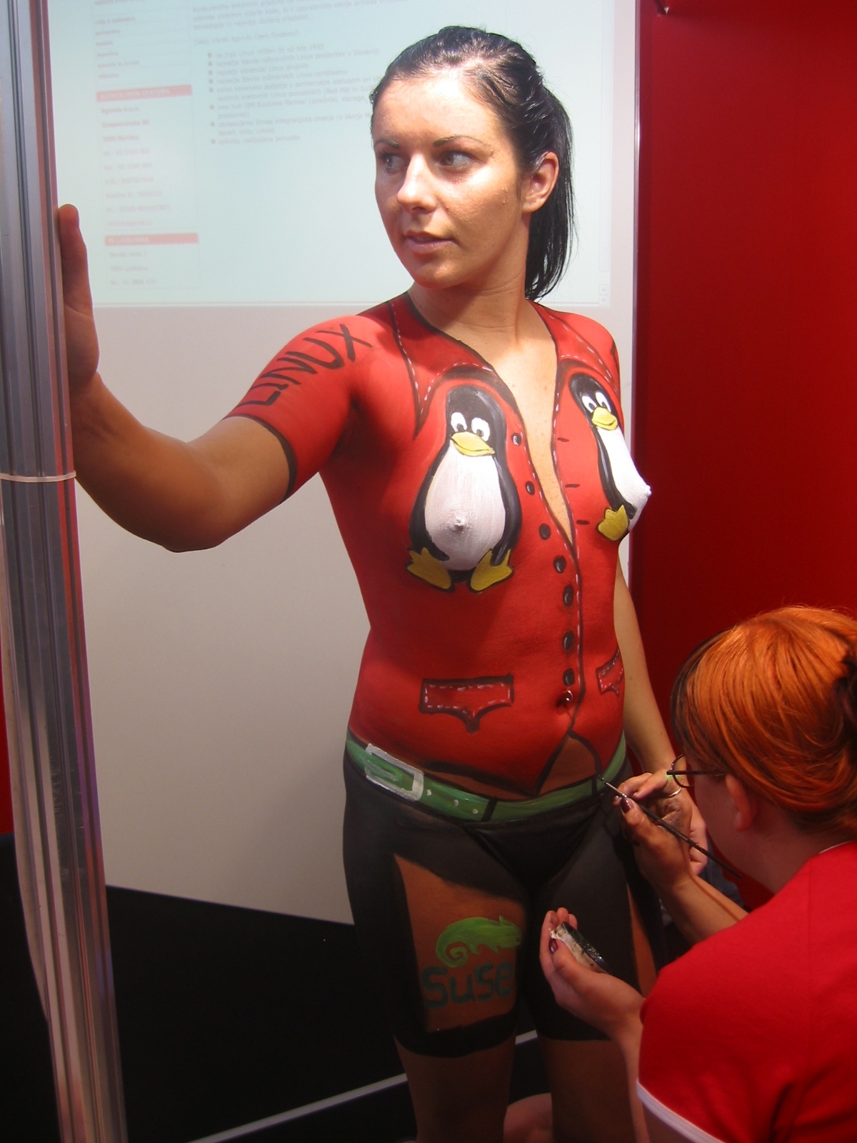 http://upload.wikimedia.org/wikipedia/commons/d/df/Body_painting.JPG