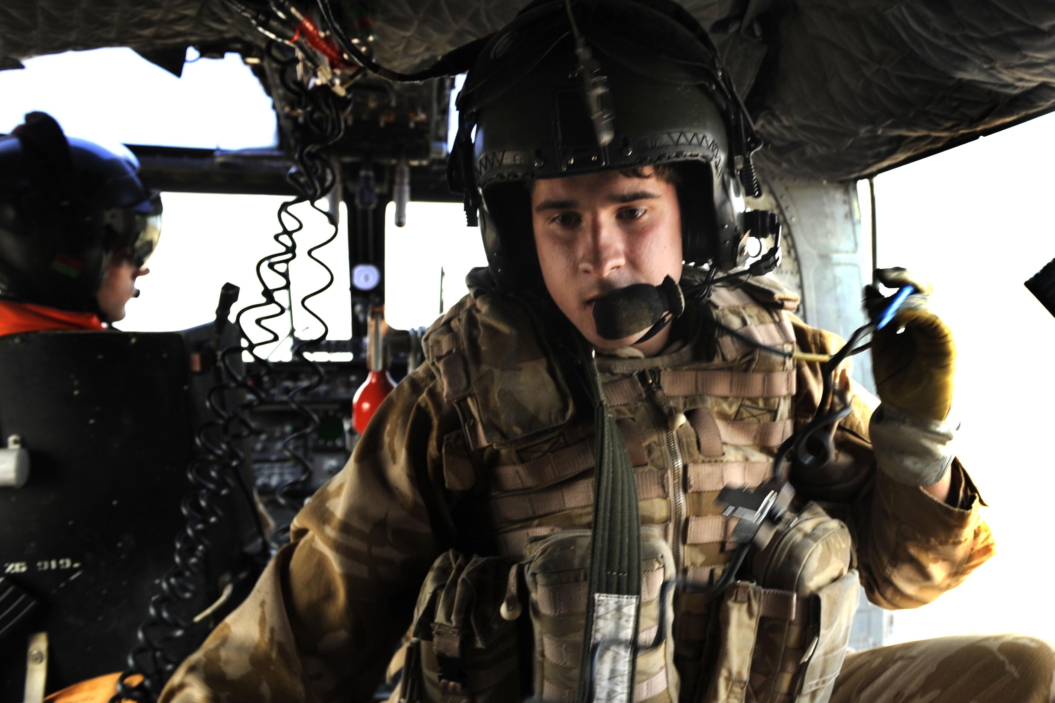English: U.K. soldier, Garath Ormerod with the...