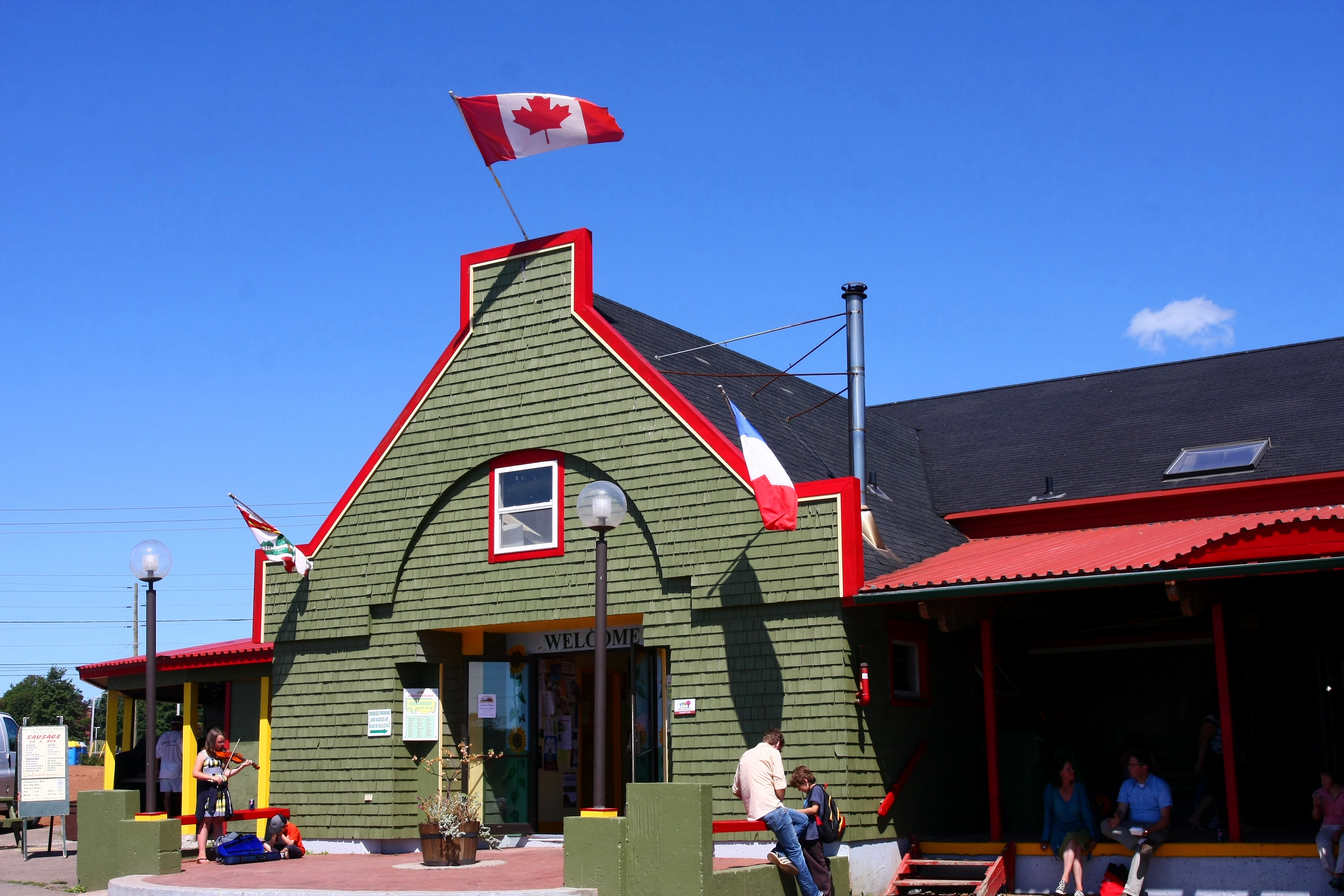 Charlottetown (PE) Canada  city images : Charlottetown farmer's market Wikimedia Commons