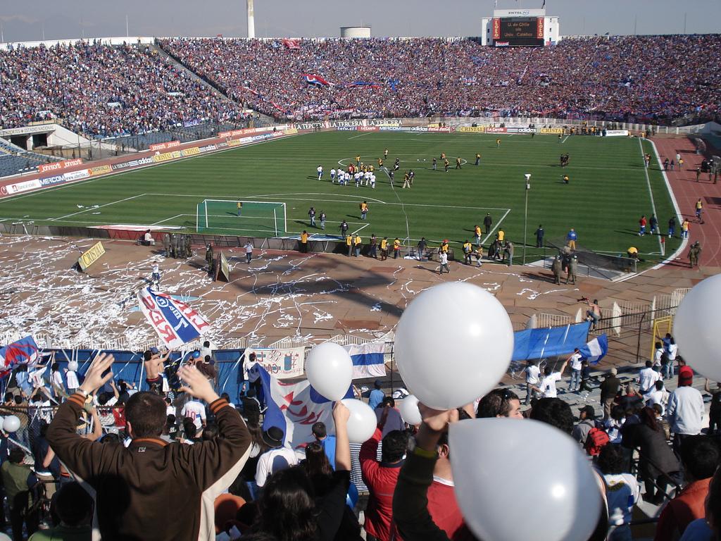 Estadio de la Universidad de Chile - Wikipedia, la enciclopedia libre