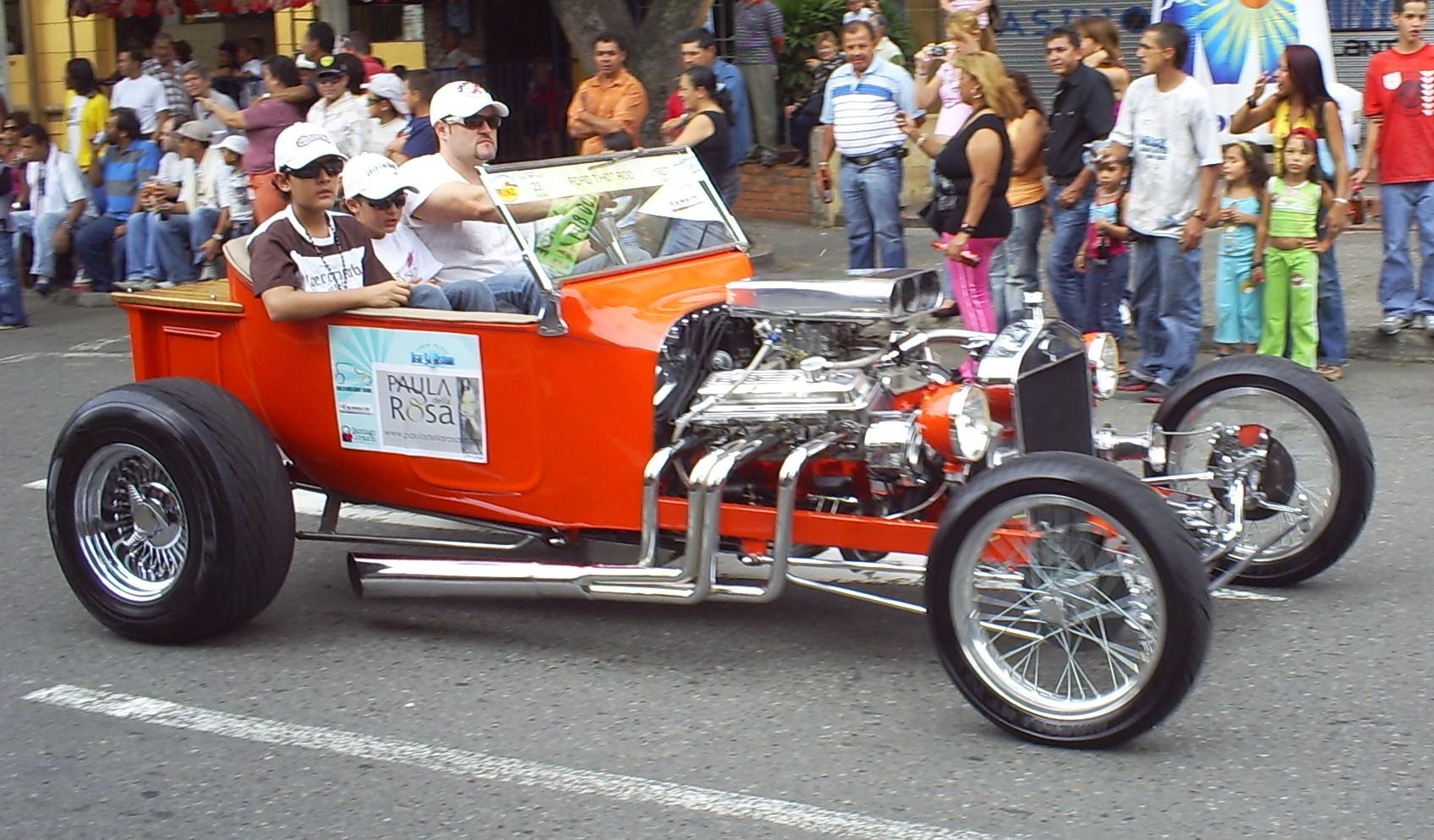 Description Desfile de Autos Clasicos y Antiguos(8).JPG