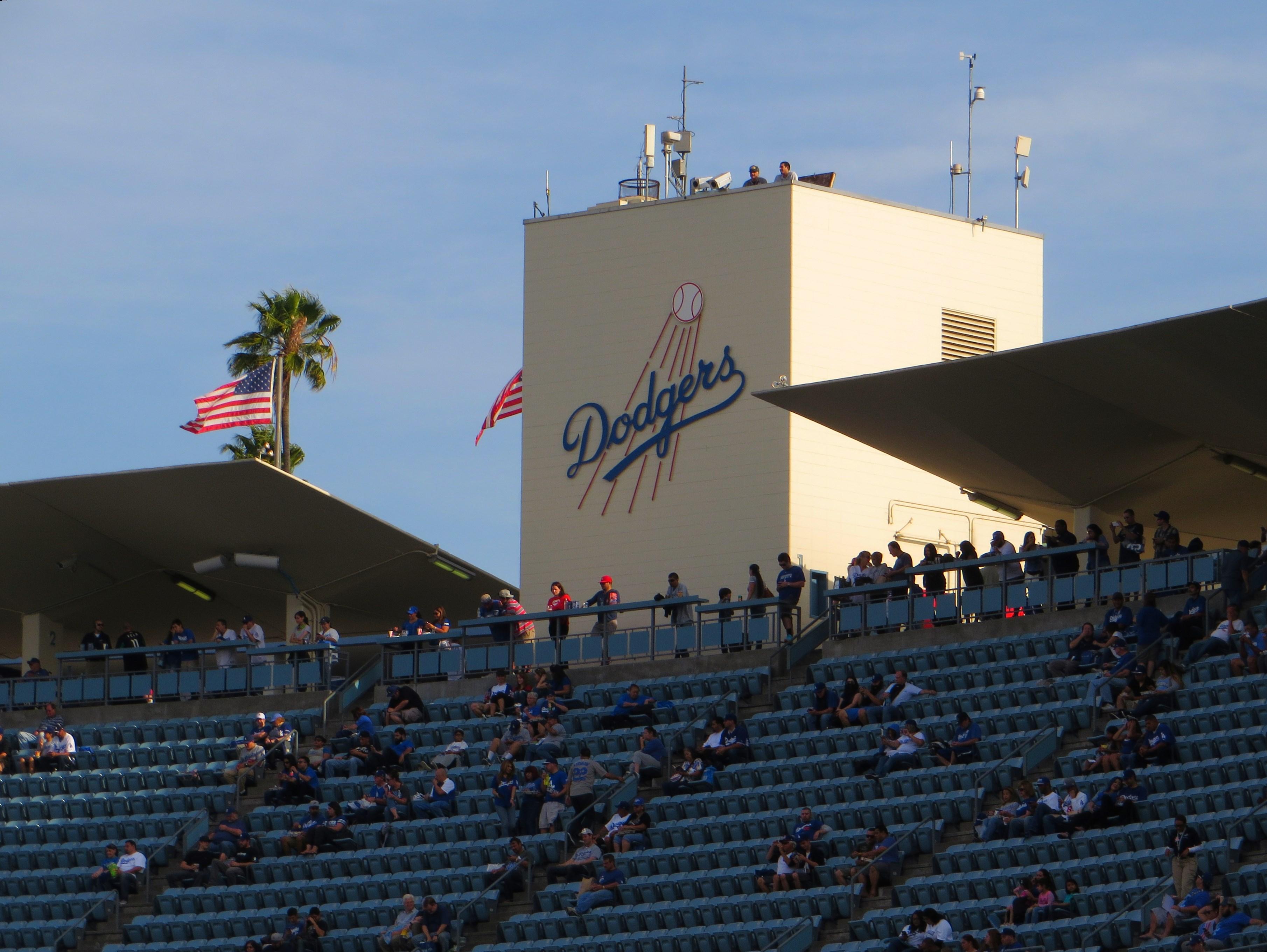 File:Dodger Stadium, Los Angeles, California (14514462051).jpg - Wikimedia Commons