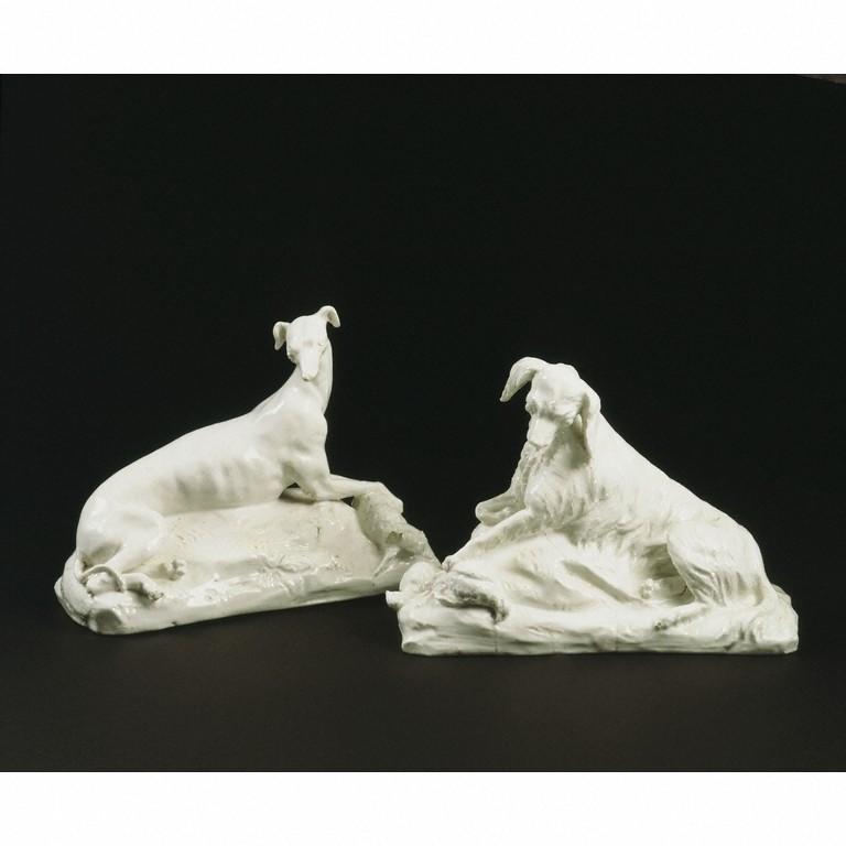 File dogs wikimedia commons for Soft furnishing wikipedia