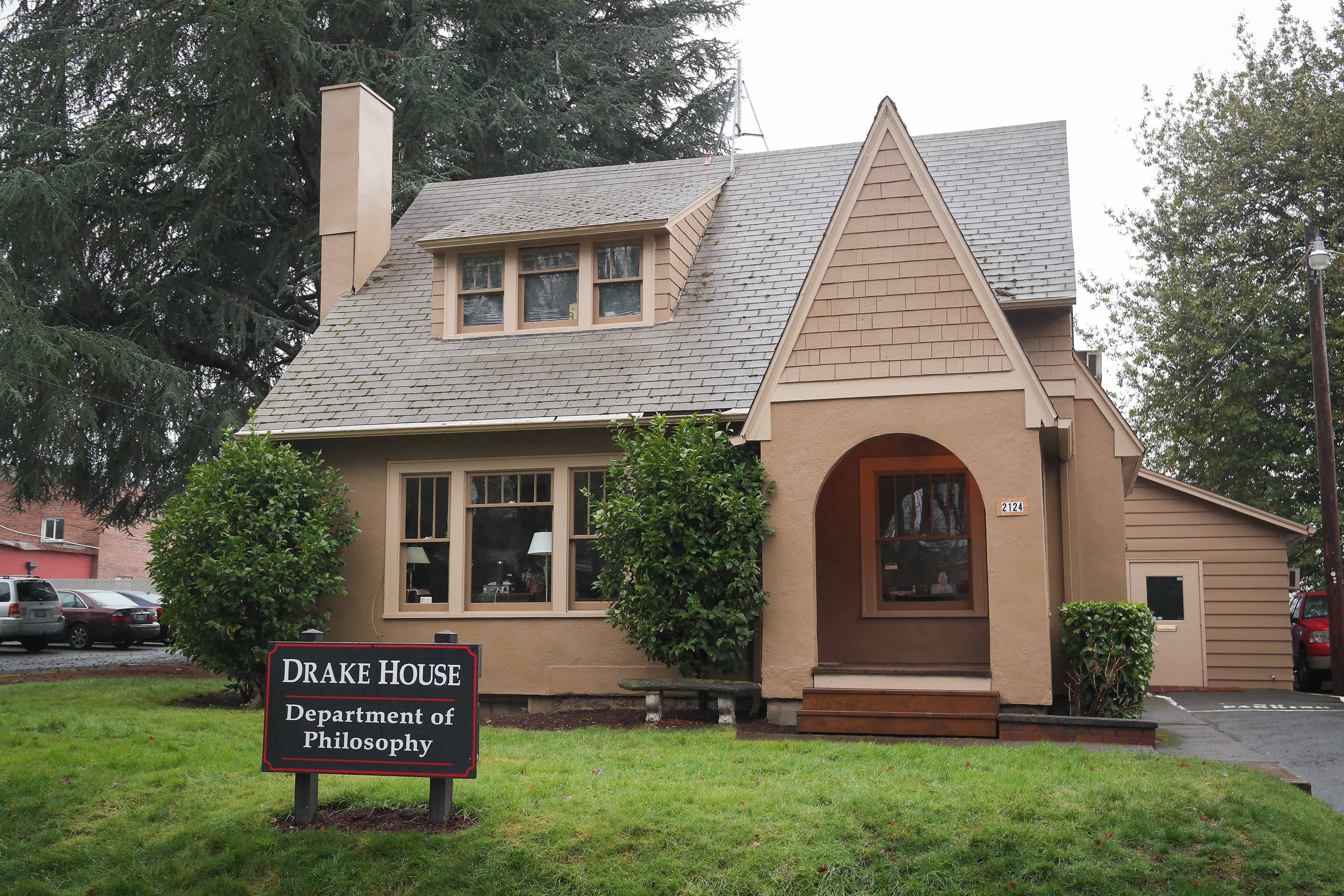 File:Drake House