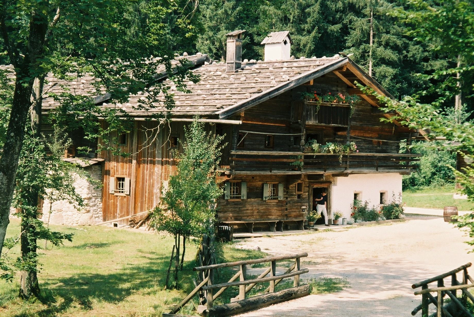 File:Farmhouse museum.JPG - Wikimedia Commons