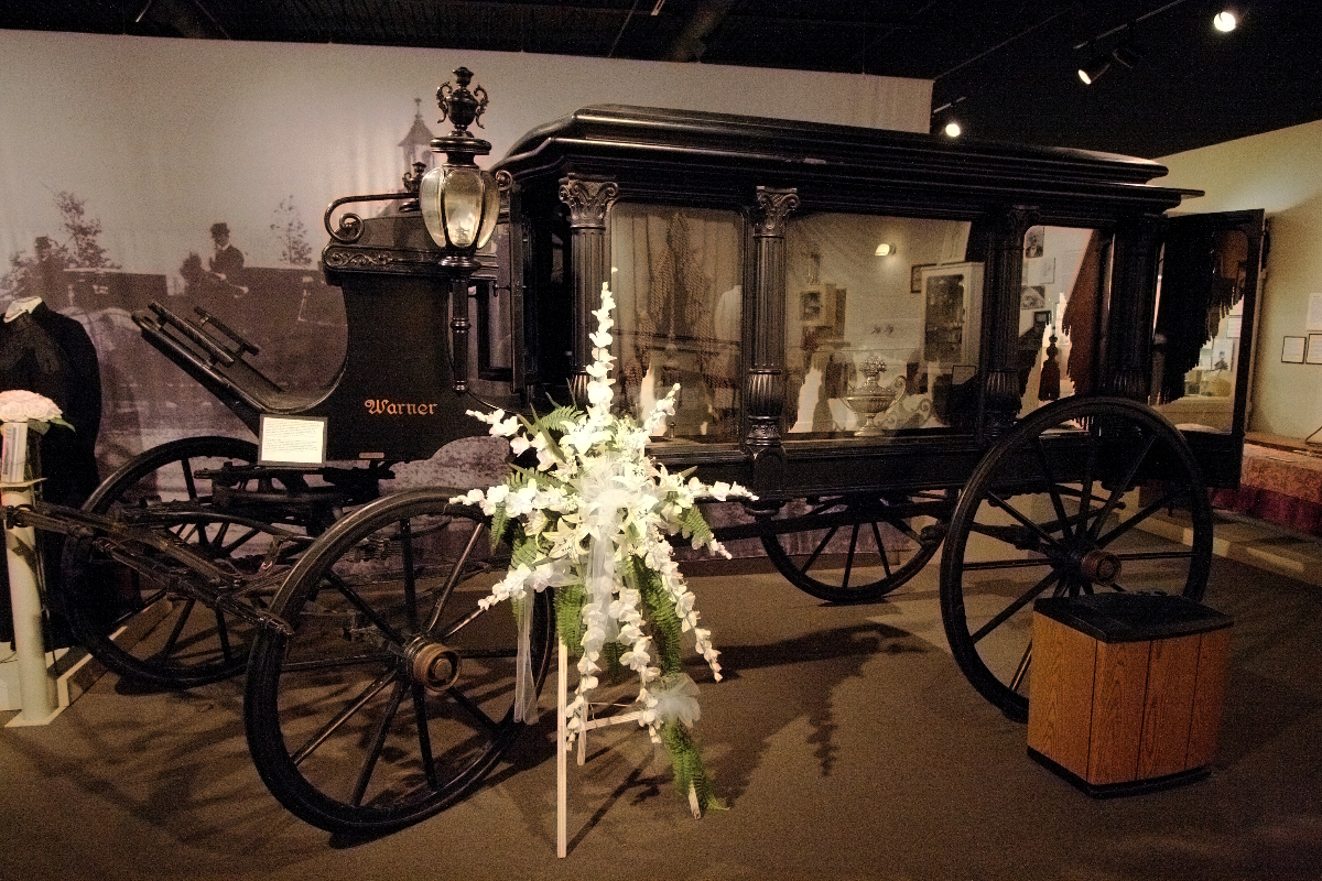 Funeral_Carriage.JPG