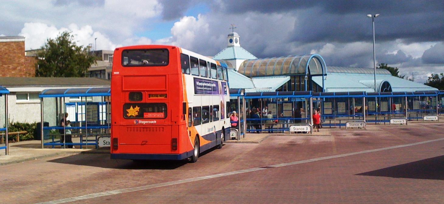 Description Glenrothes Bus station.JPG