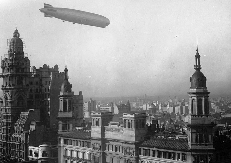ファイル graf zeppelin palacio barolo 30 de junio de 1934 jpg