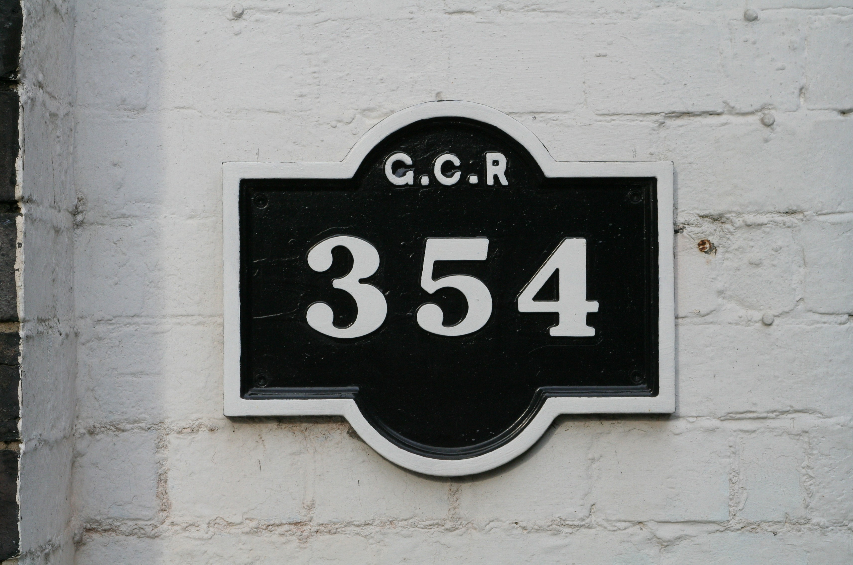 File:Great Central Railway Bridge plate No 354.jpg