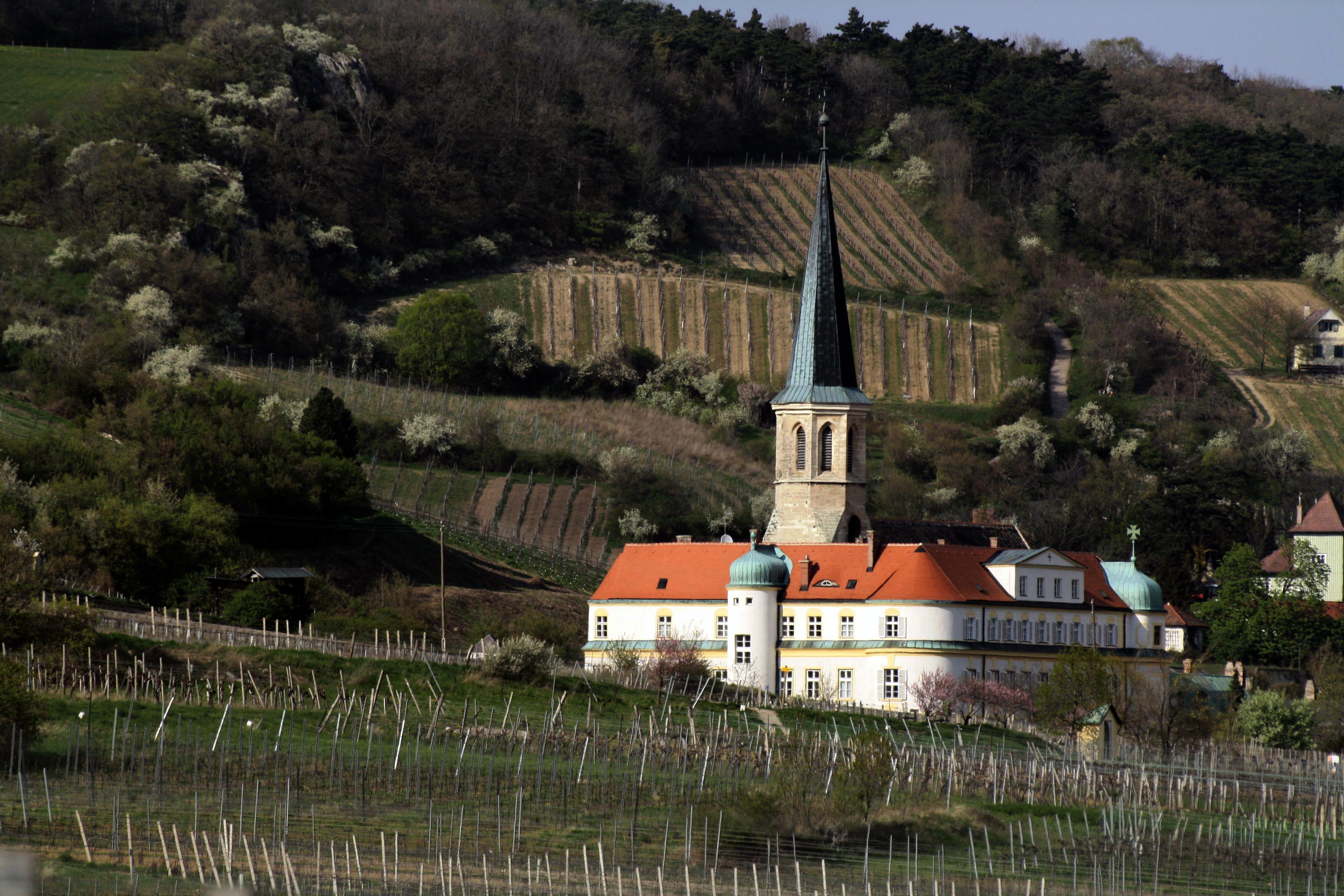 Bildungsangebote in N - Gumpoldskirchen