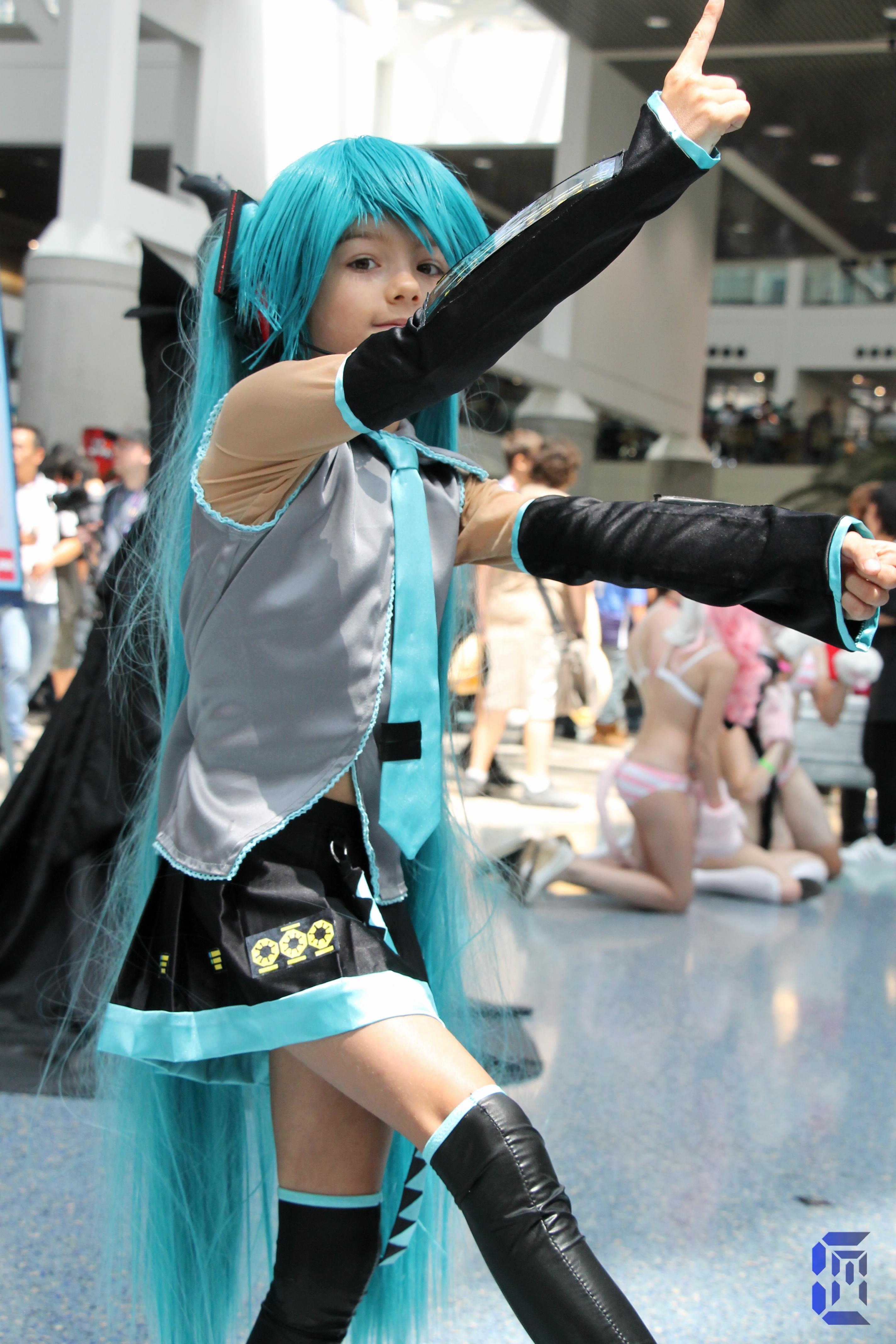 File Hatsune Miku Coser At Anime Expo 20170704 1 Jpg