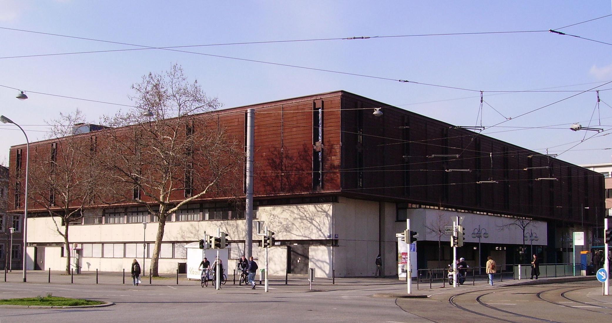 quality design e4cfb cd46d Landgericht Mannheim – Wikipedia