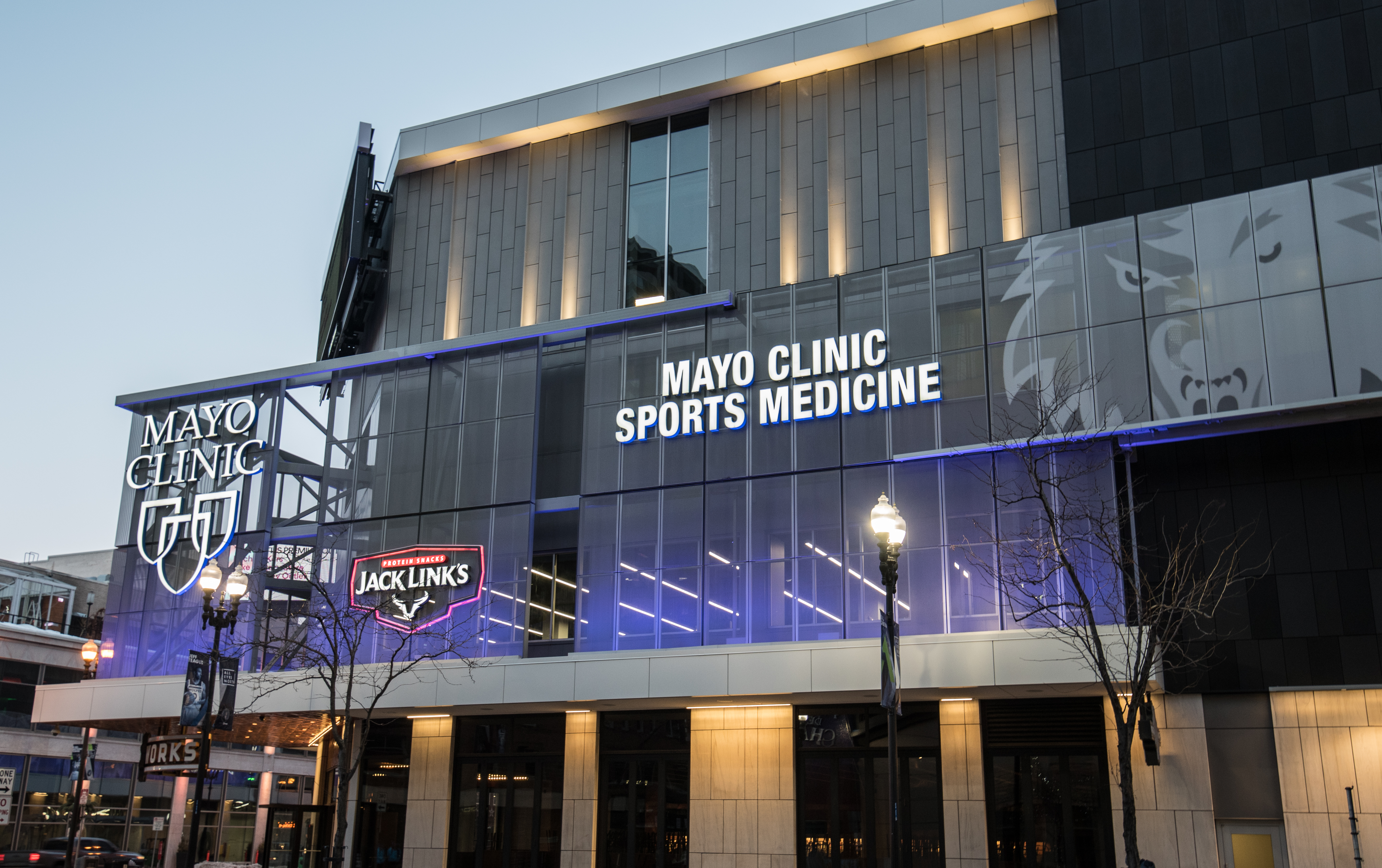 File Mayo Clinic Sports Medicine Minneapolis 39448184924