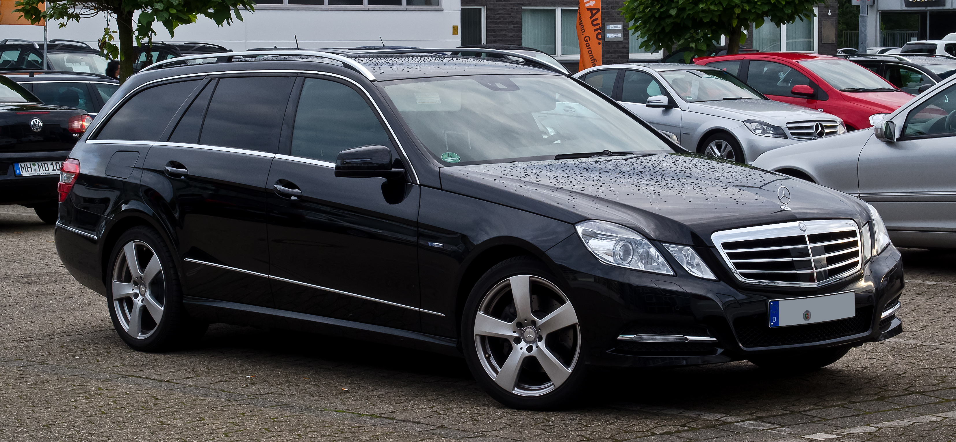 file mercedes benz e 220 cdi blueefficiency t modell. Black Bedroom Furniture Sets. Home Design Ideas