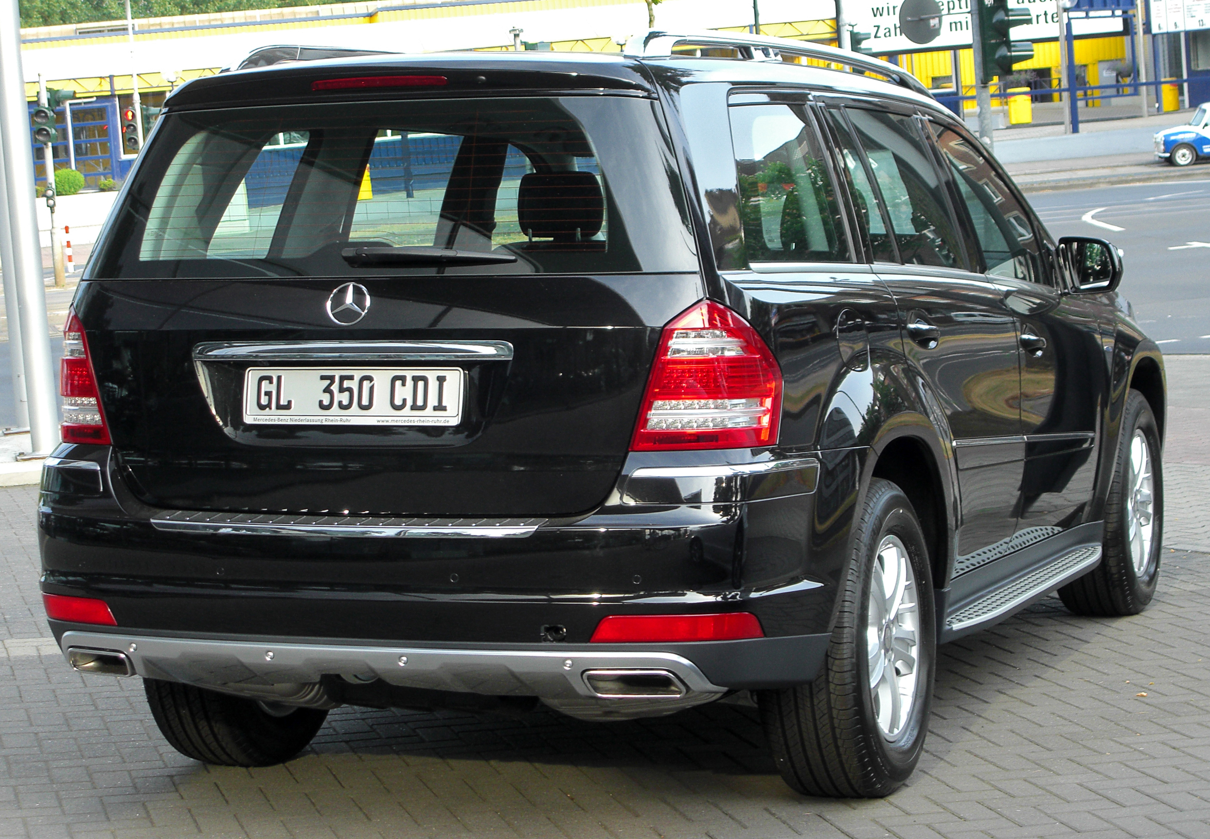 file mercedes gl 350 cdi blueefficiency 4matic x164 facelift rear wikimedia commons. Black Bedroom Furniture Sets. Home Design Ideas