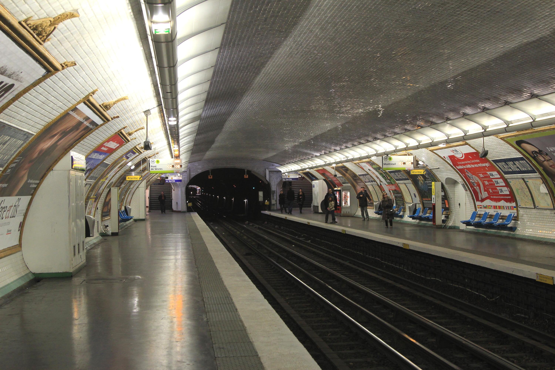 Dateimichel Ange Molitor 9 Métro Paris Vers Montreuil Par Cramos