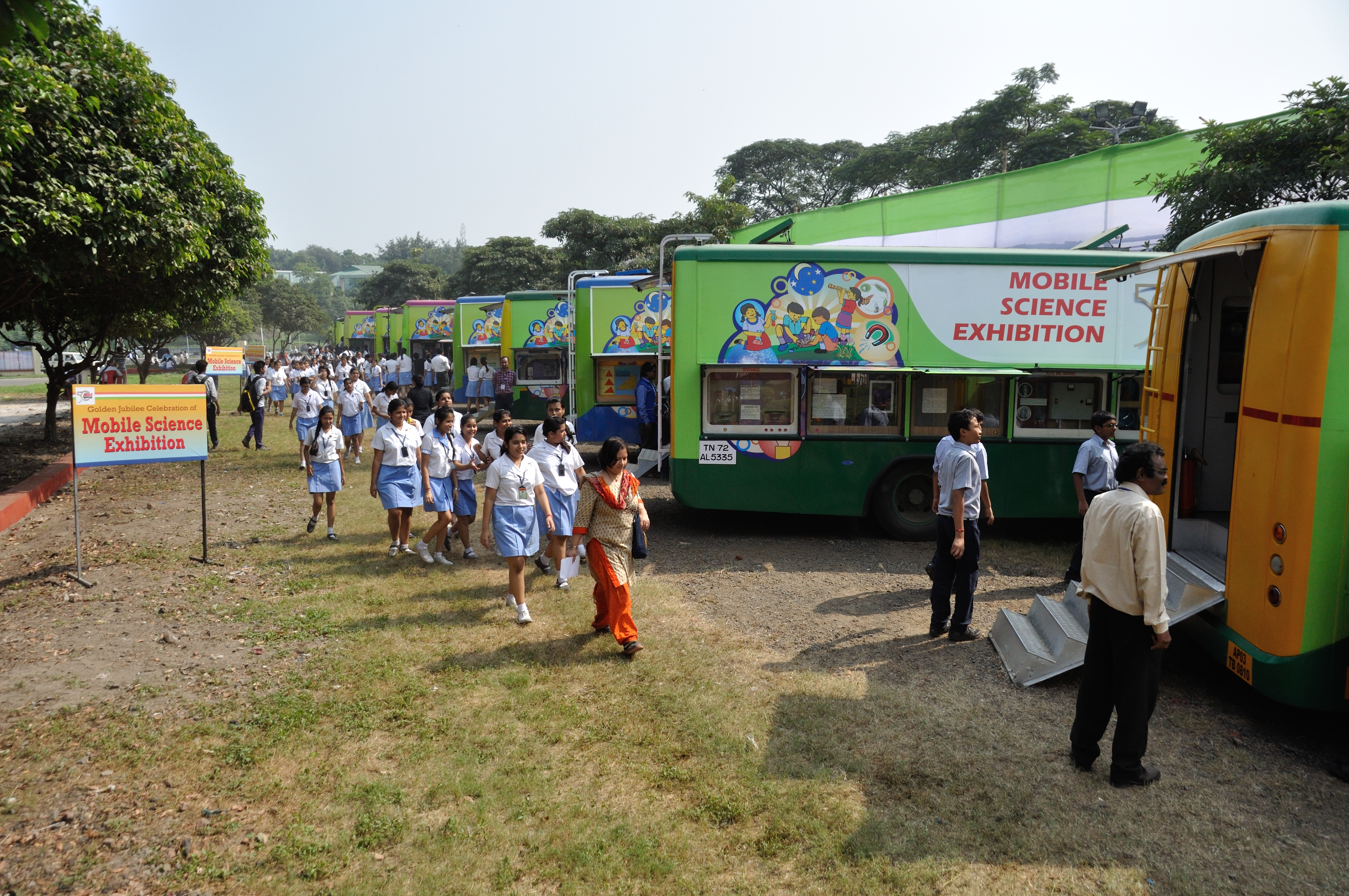 File:Mobile Science Exhibition - MSE Golden Jubilee