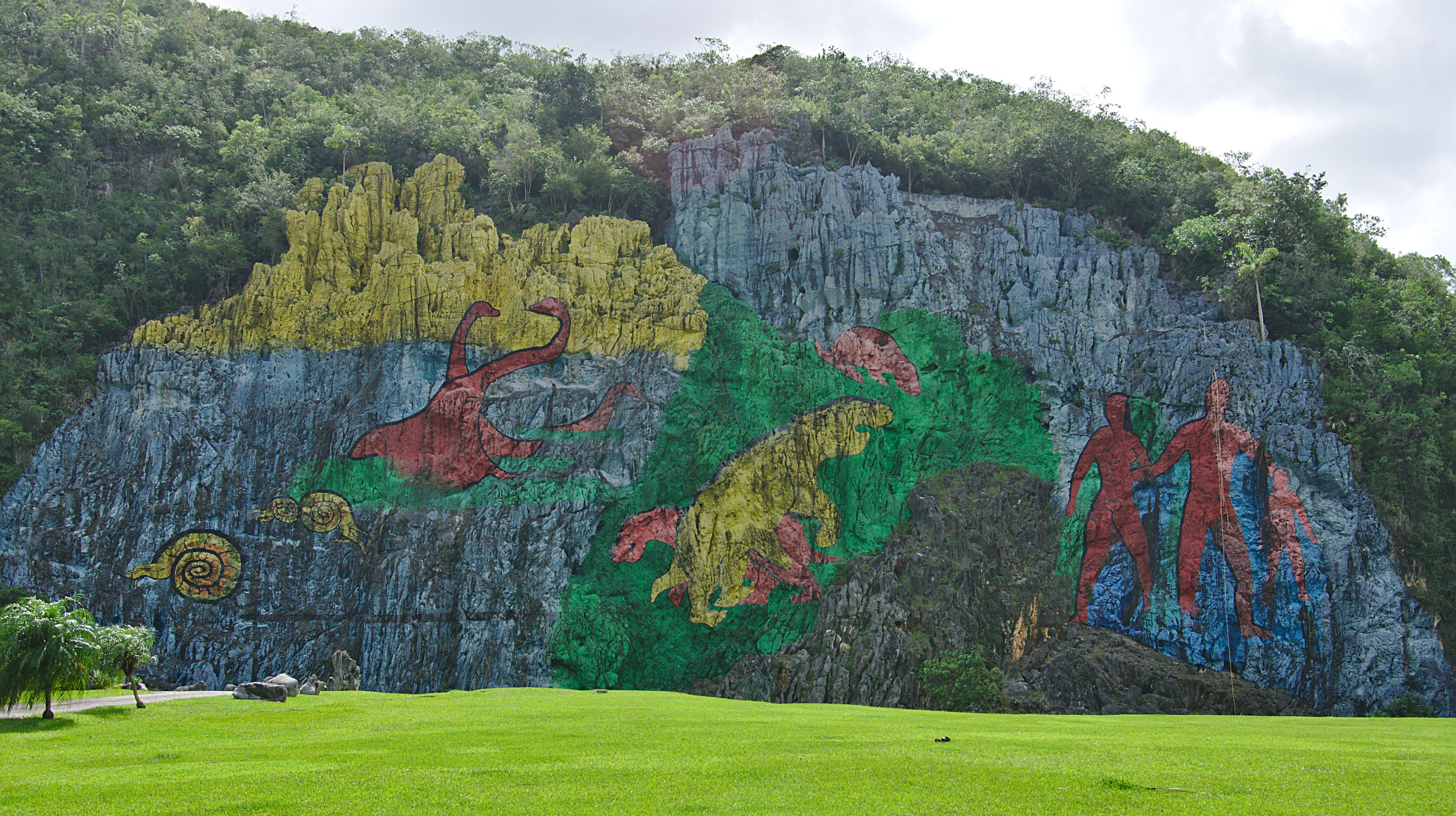 Un paisaje que no te esperas en cuba vi ales for Mural de la prehistoria cuba
