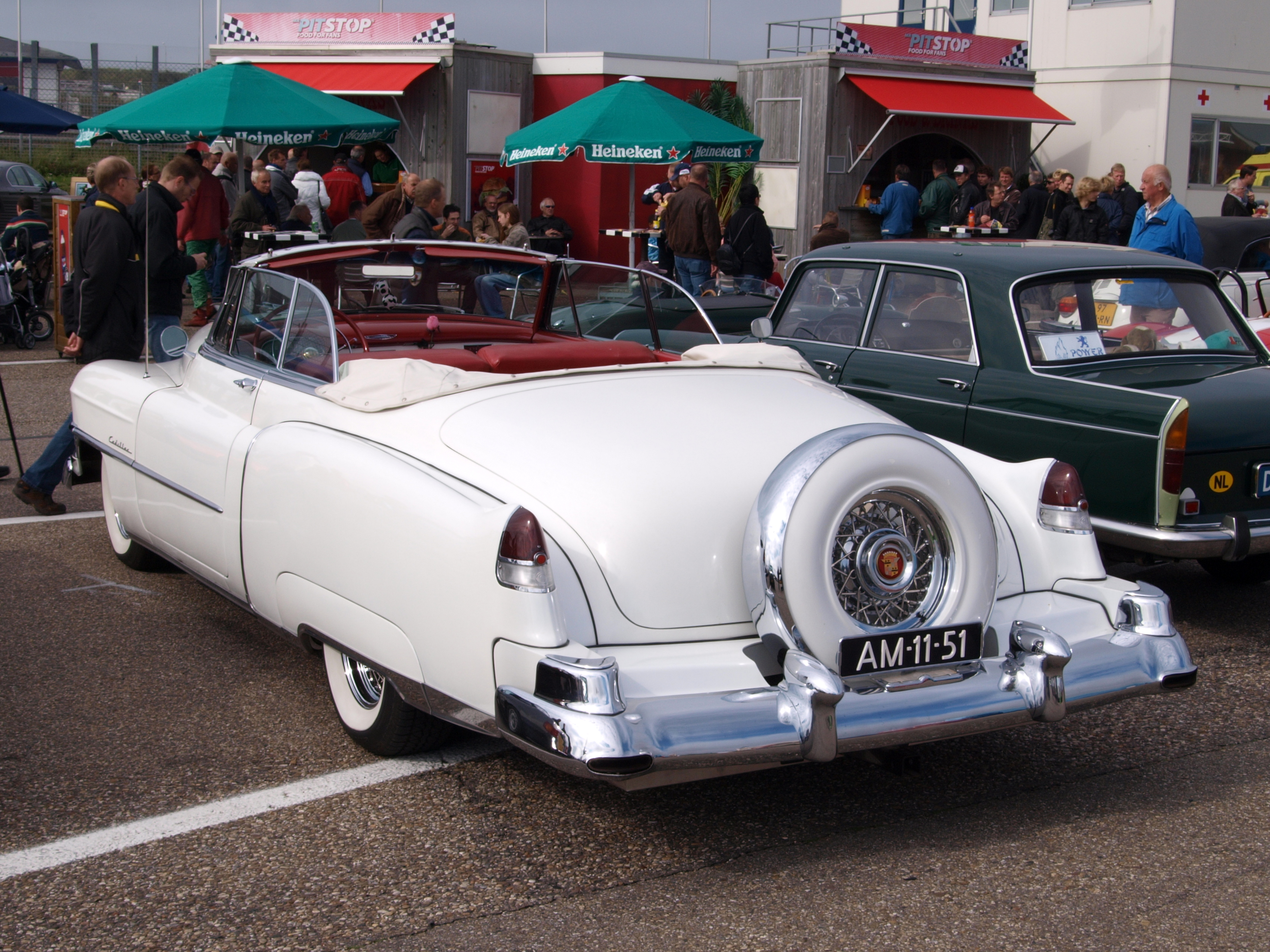 File Nationale Oldtimerdag Zandvoort 2010 1952 Cadillac