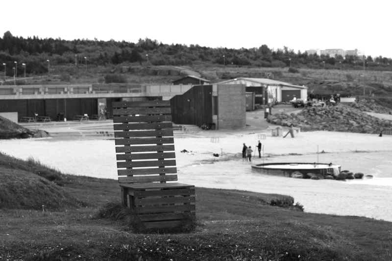 File:On a big chair at Reykjavik beach.jpg