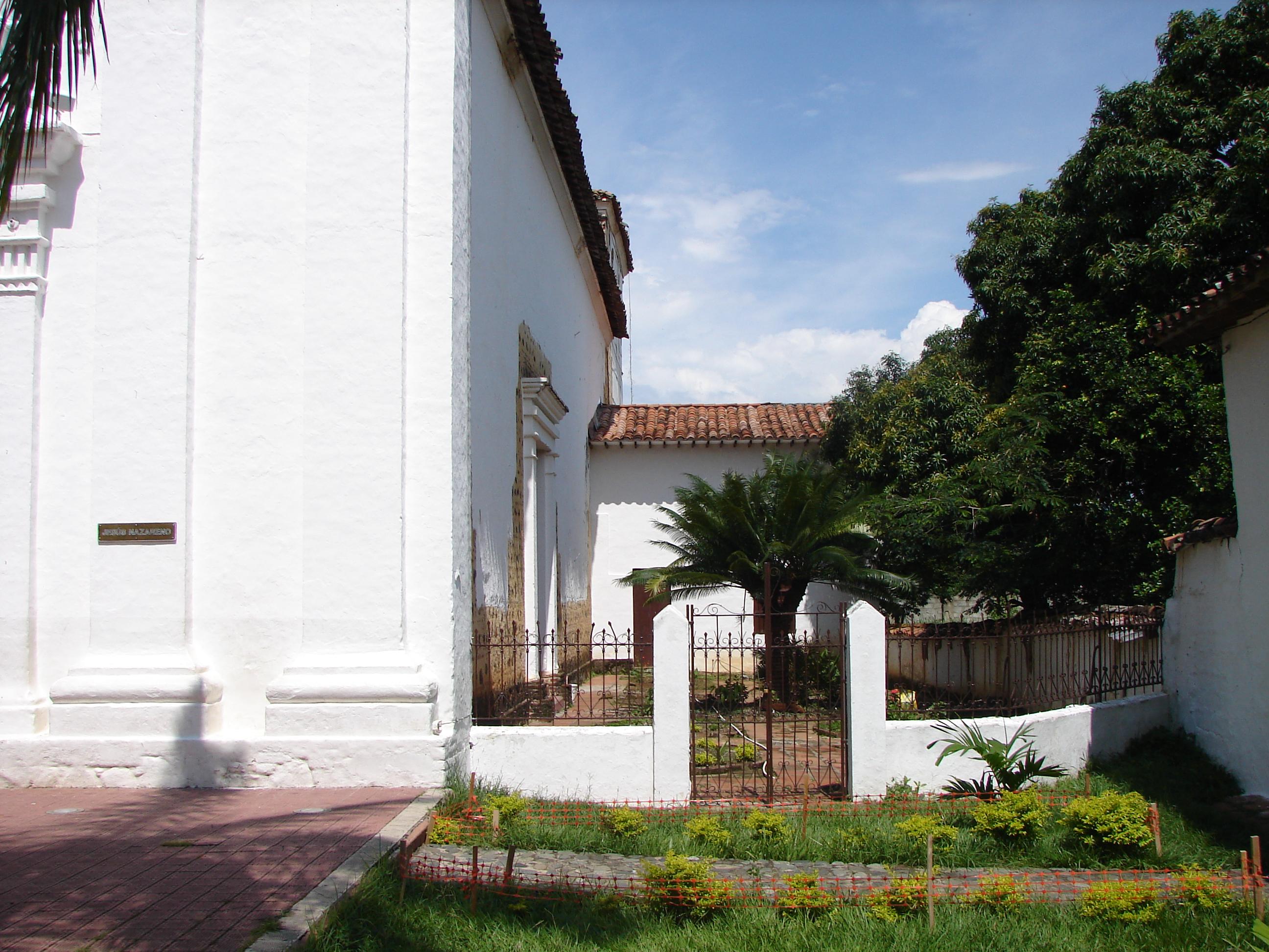 File Patio iglesita Santa Fe de Antioquia antioquia Colombia