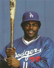 Pedro Guerrero - Los Angeles Dodgers - 1984.jpg