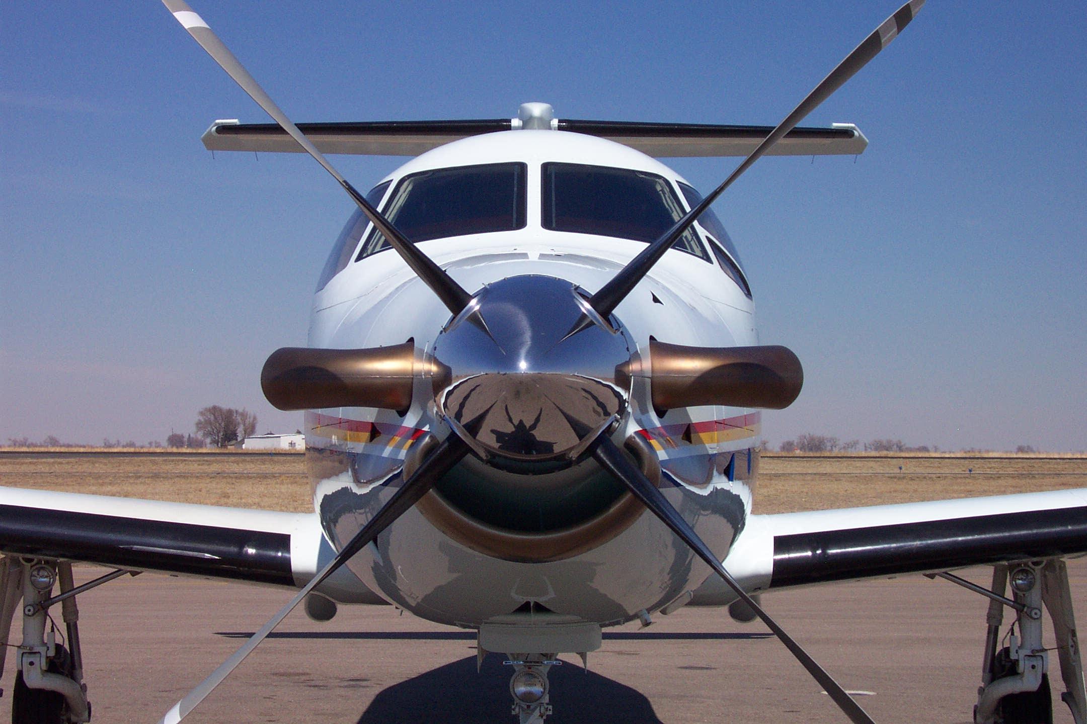 Pilatus PC-12 image