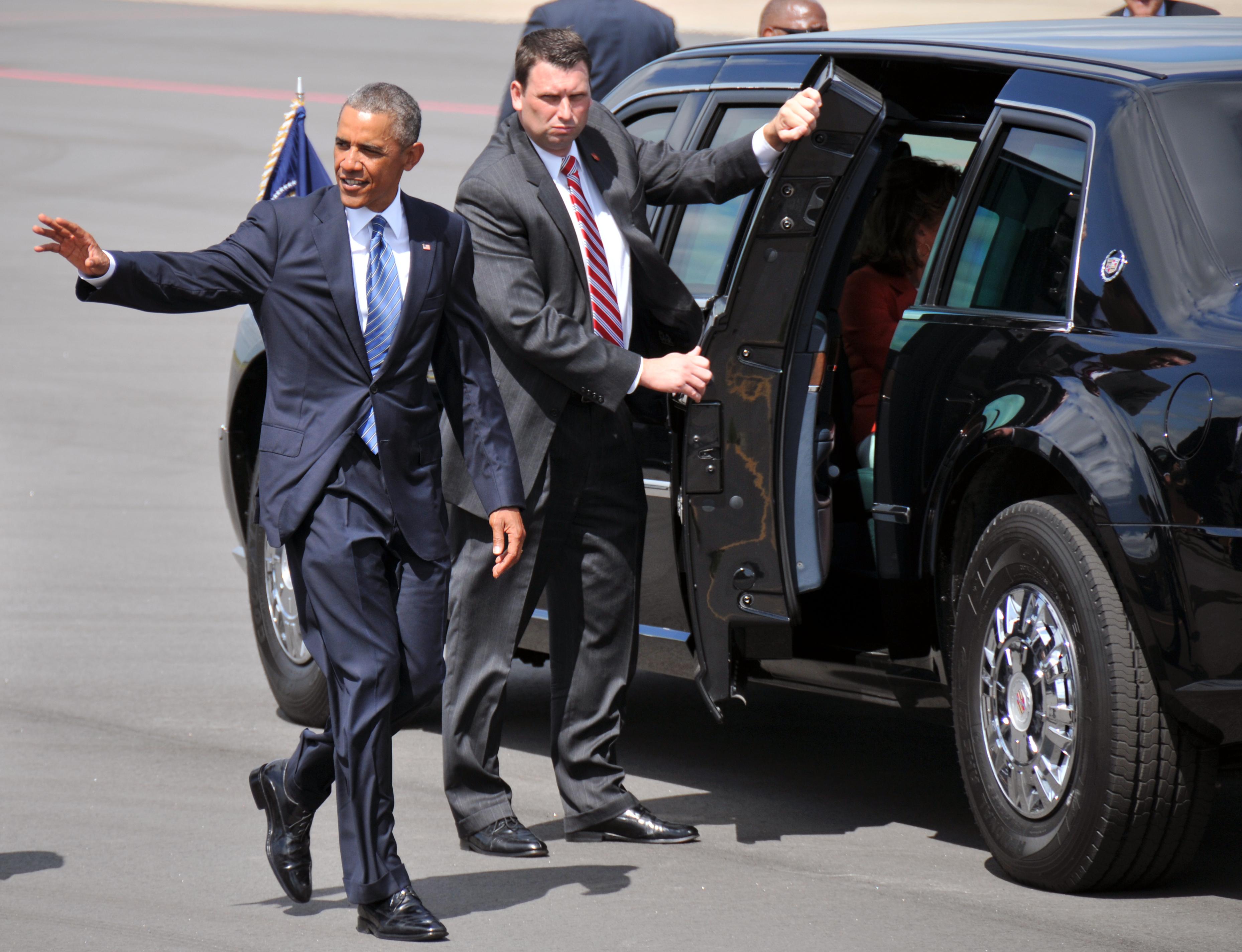 File:President Barack Obama, left, waves goodbye to U.S ...