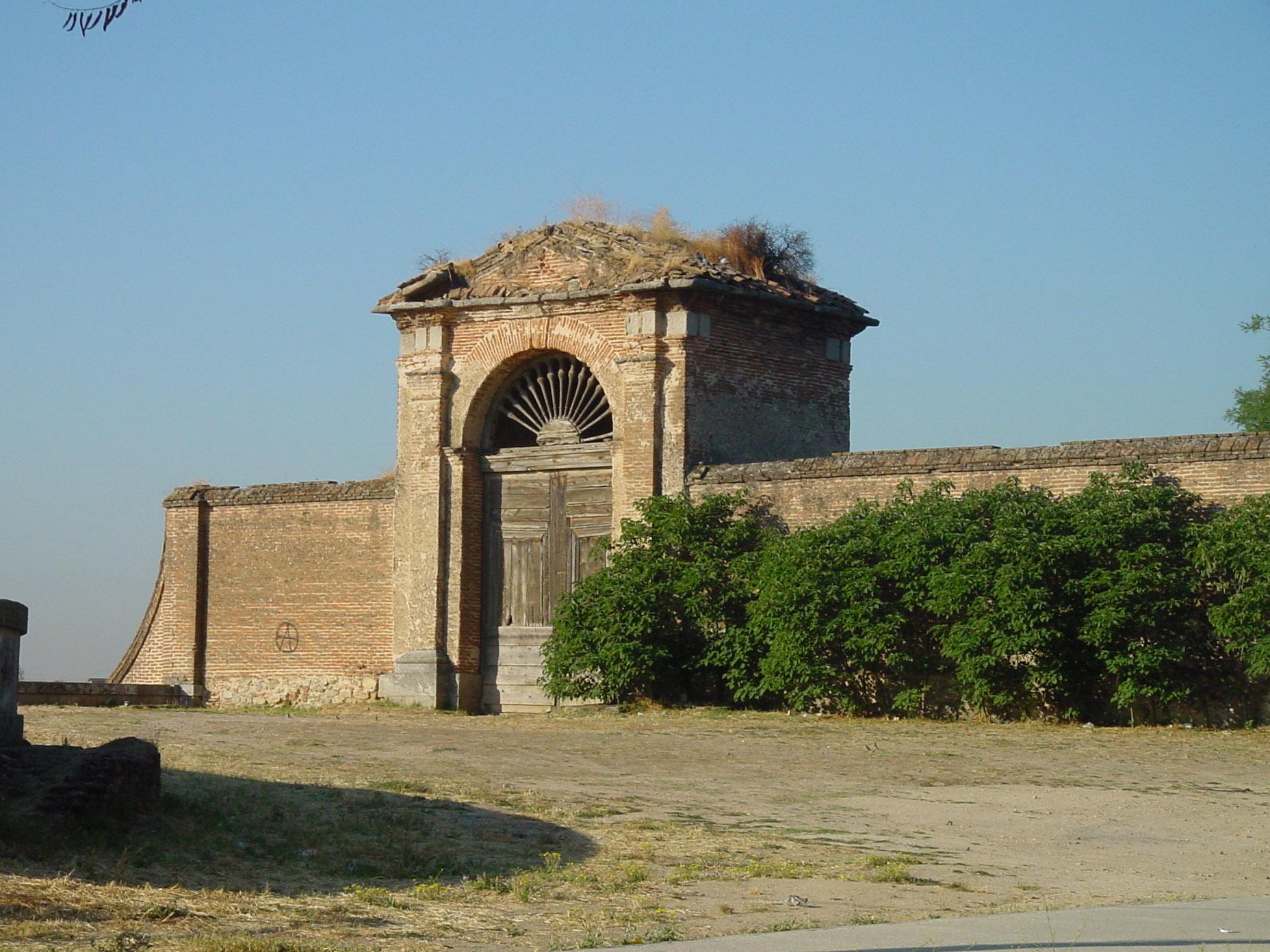 File Puerta Jardines Palacio Infante Don Luis En Boadilla Del Monte