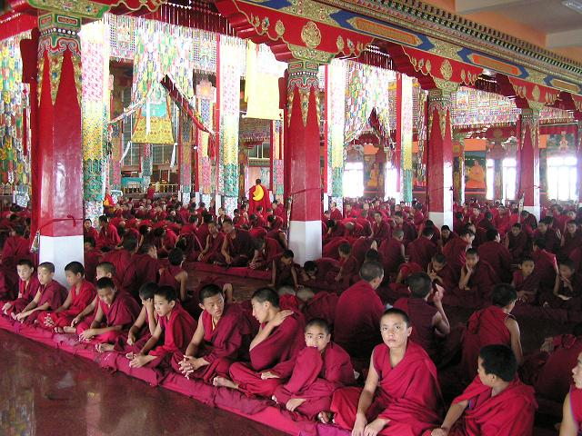 File:Sera Mey monks in the main temple.jpg