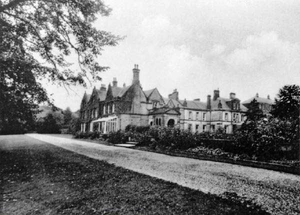 Stancliffe Hall on House Family 1900