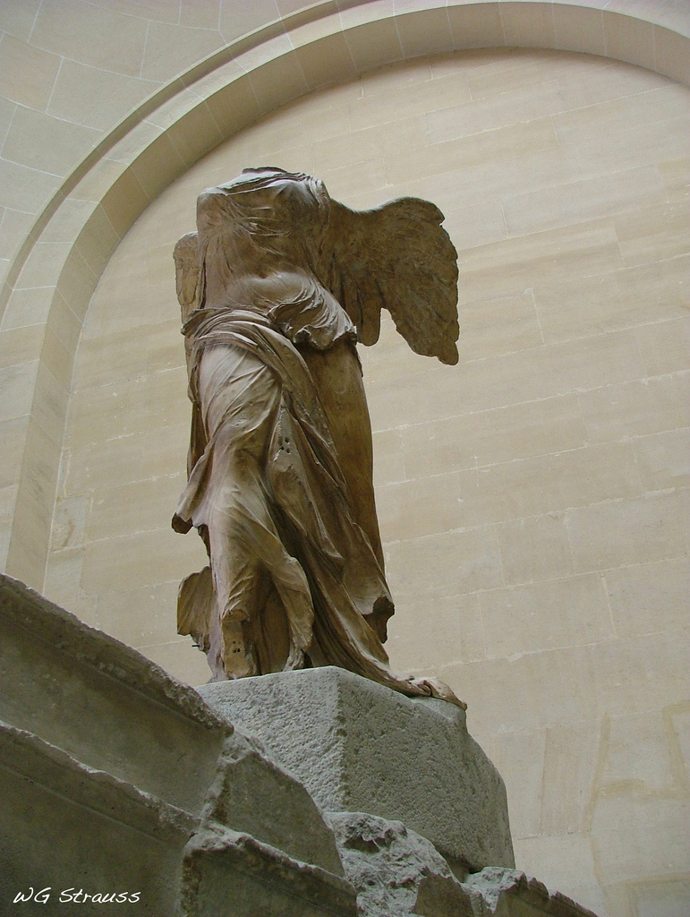 Winged Victory Of Samothrace File:The Winged Victor...