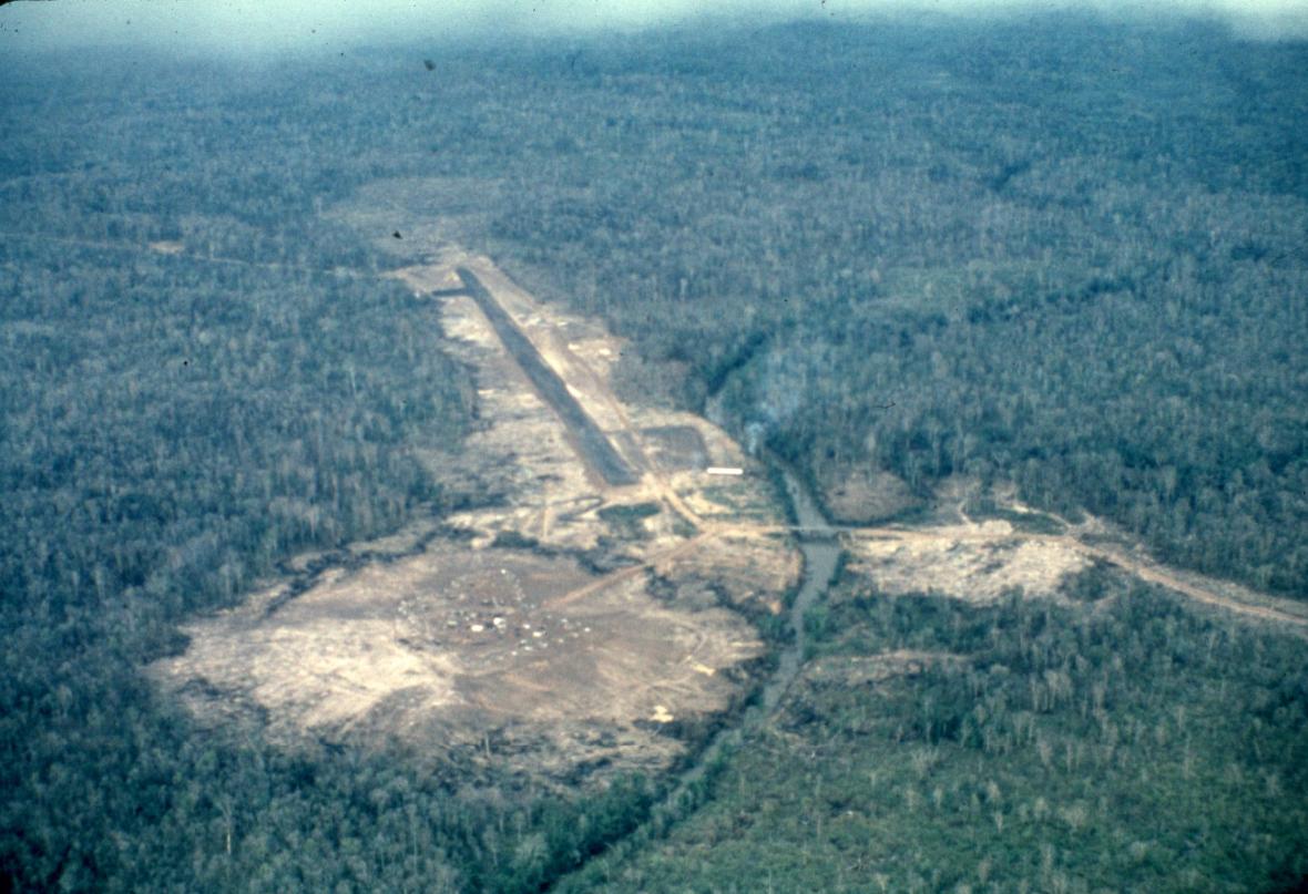 Tonle Cham Camp - Wikipedia