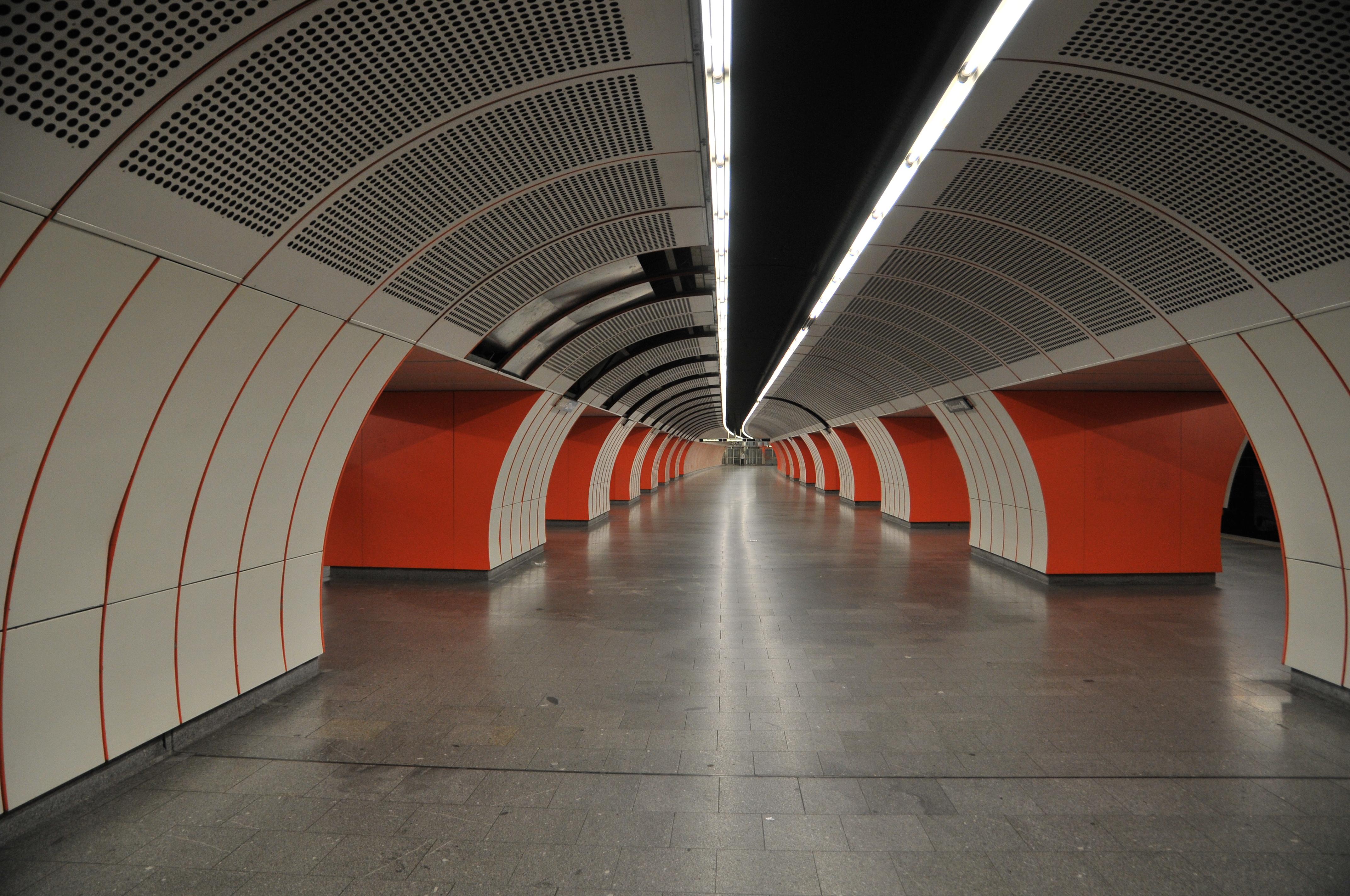 Fileu Bahn Station Westbahnhof 2012jpg Wikimedia Commons