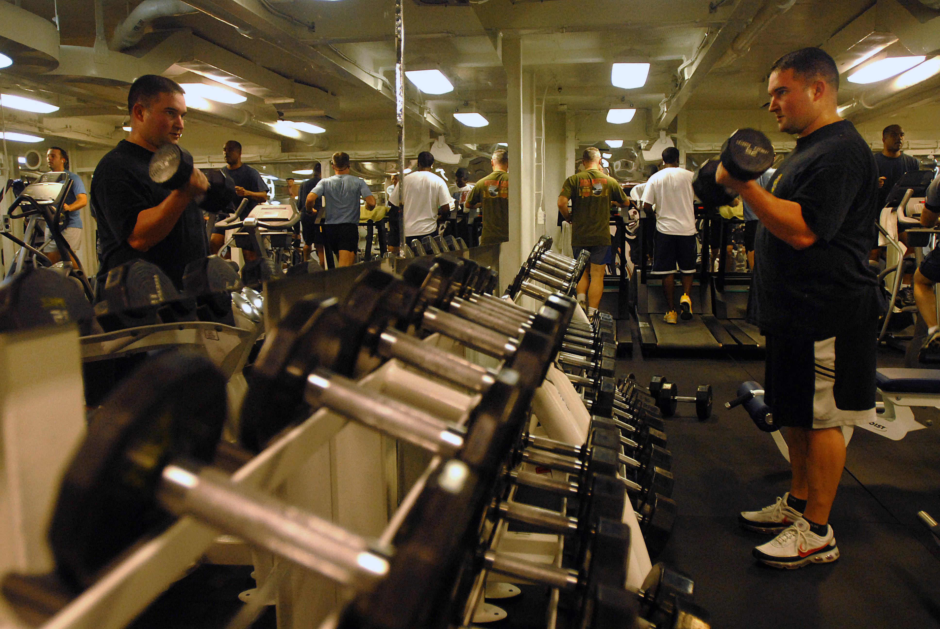 File us navy n b lt joel rolley lifts