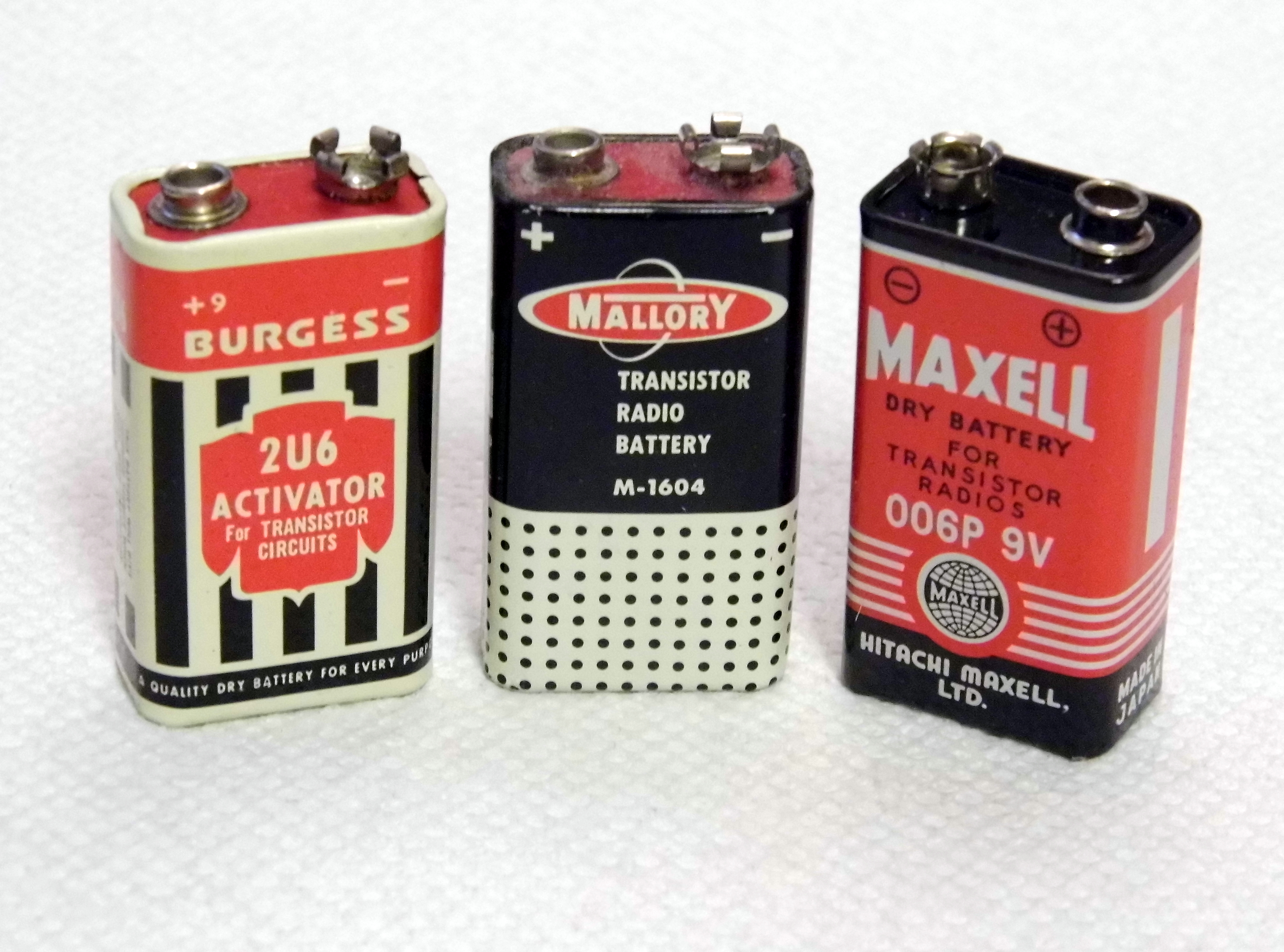 File:Vintage 9 Volt Transistor Radio Batteries - Burgess, Mallory and  Maxell (8546902708).jpg