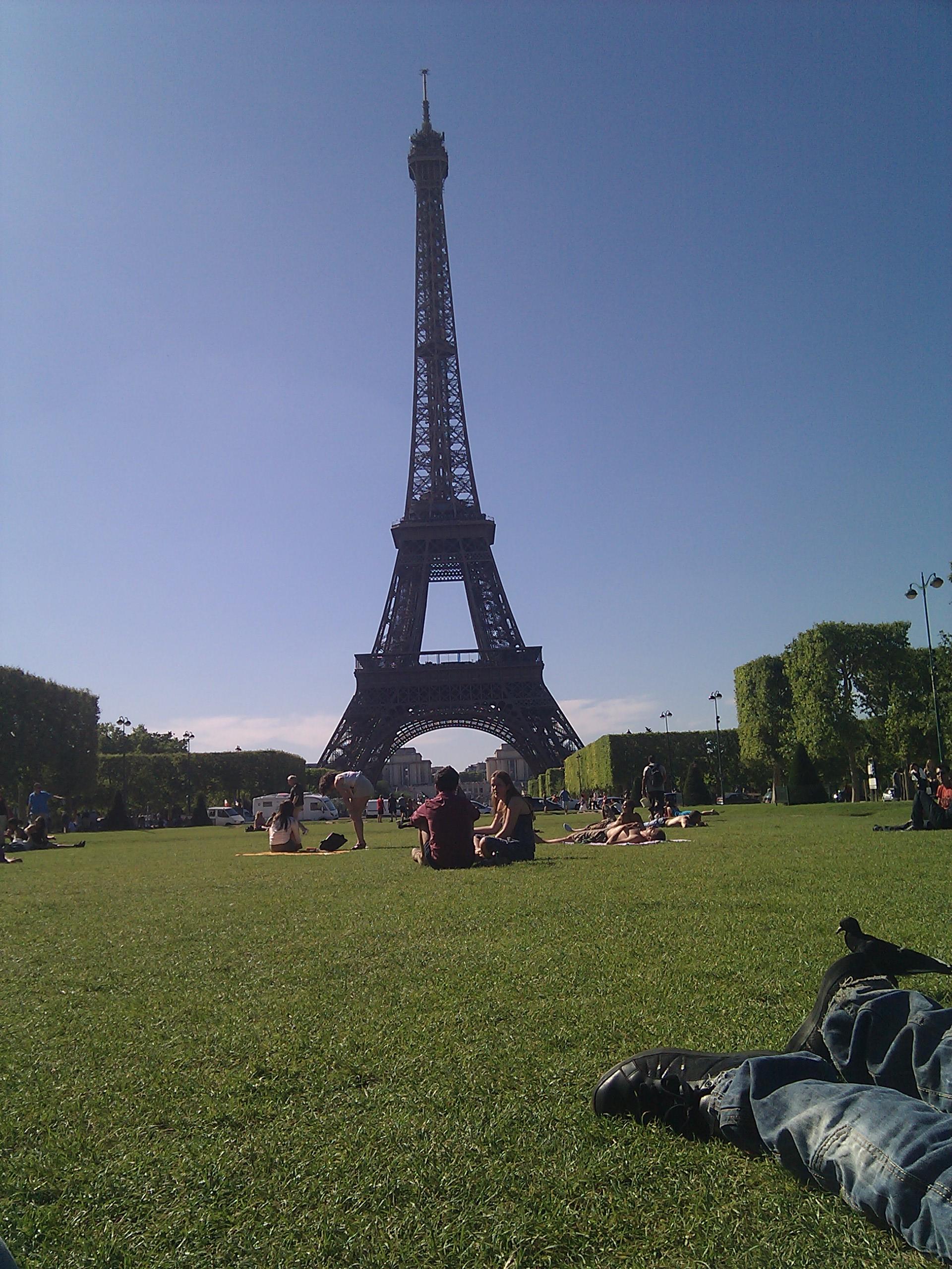 Youtube Com Une Visite A La Tour Eiffel