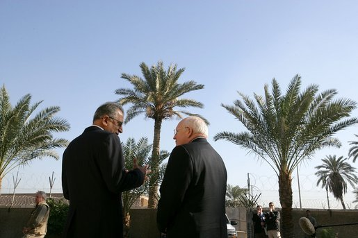 Zalmay_Khalilzad_and_Dick_Cheney_in_Iraq.jpg