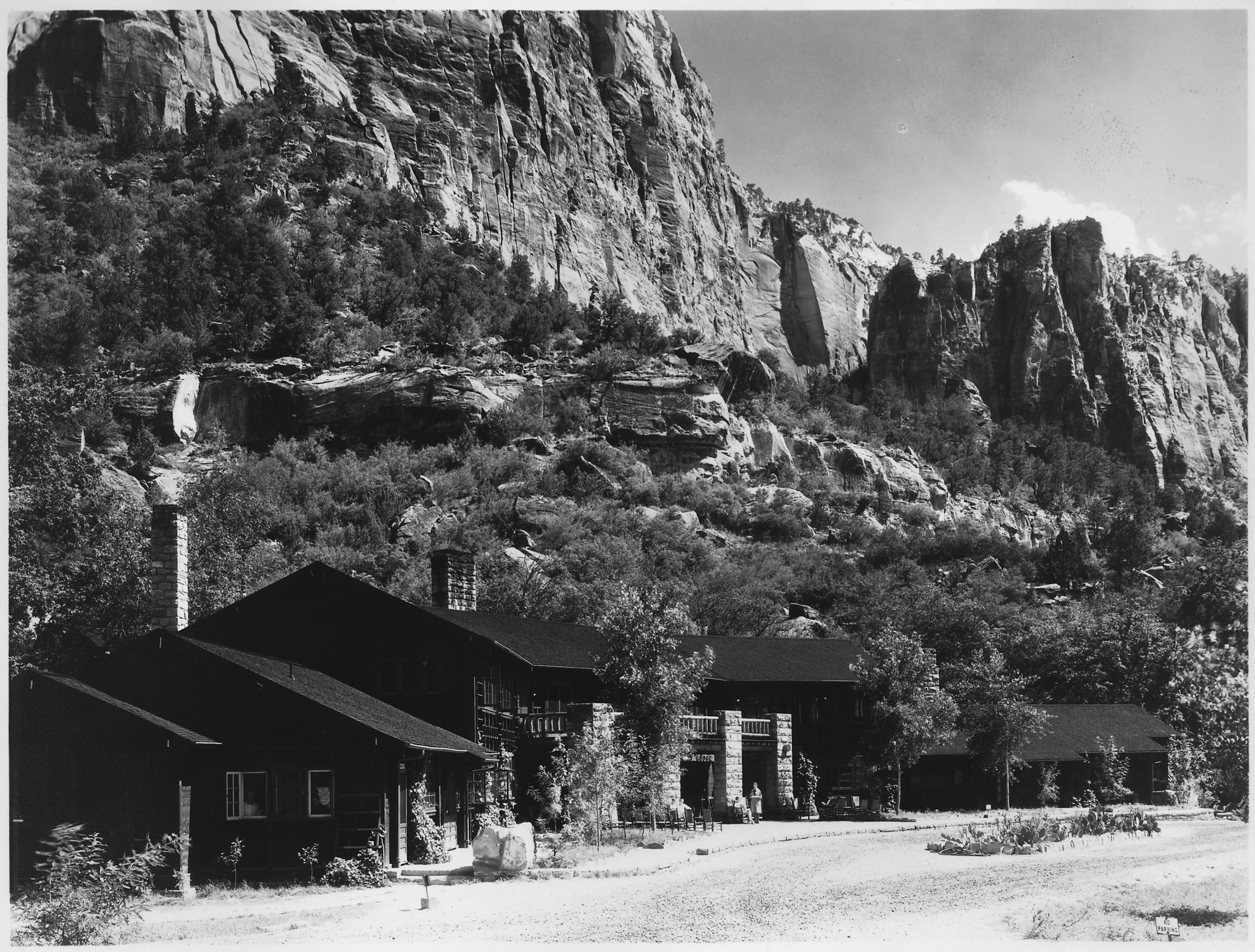 Zion lodge, main building.   nara   520339