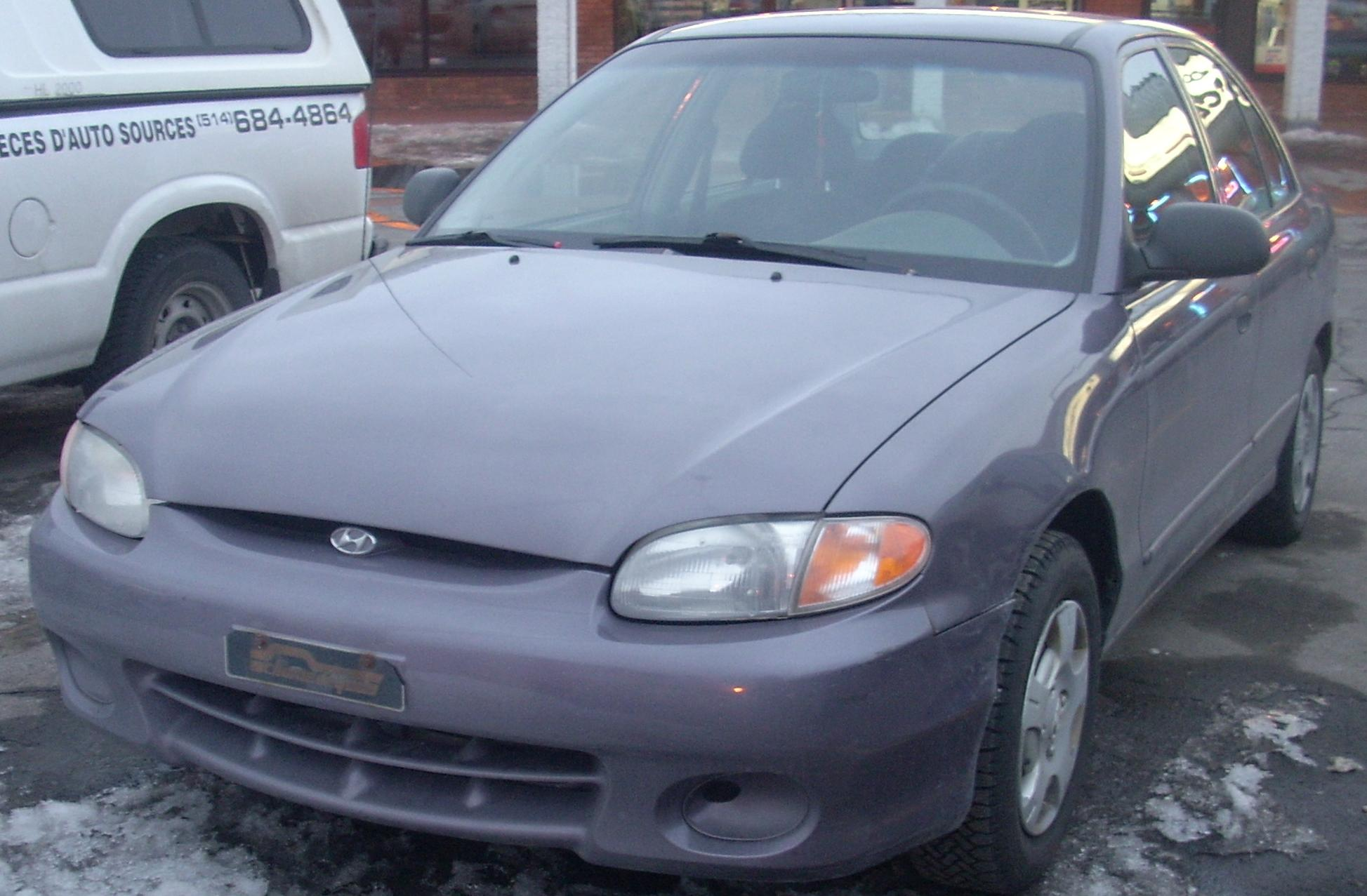 File98 99 Hyundai Accent SedanJPG