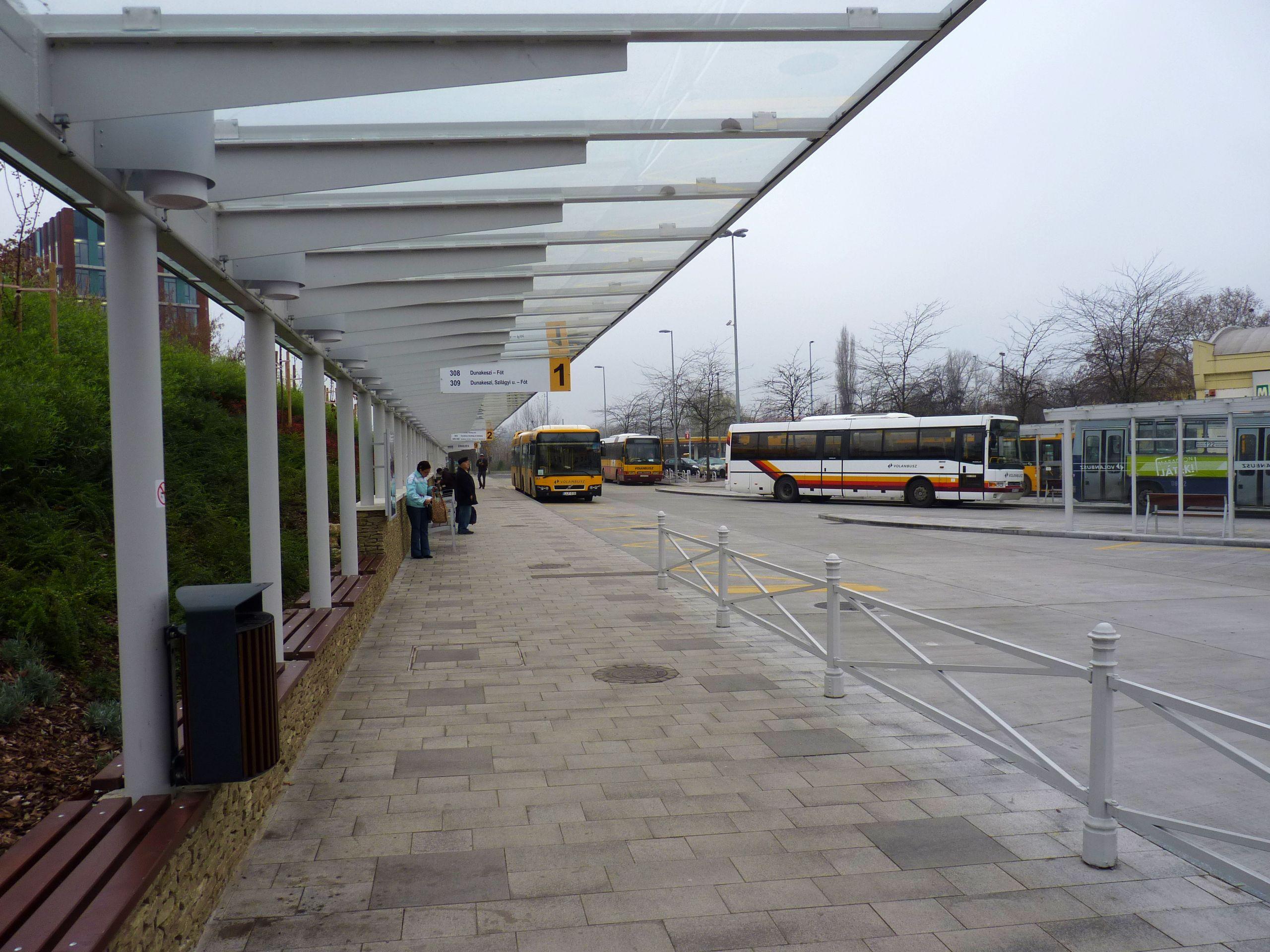 Ujpest Varoskapu Autobusz Allomas Wikipedia