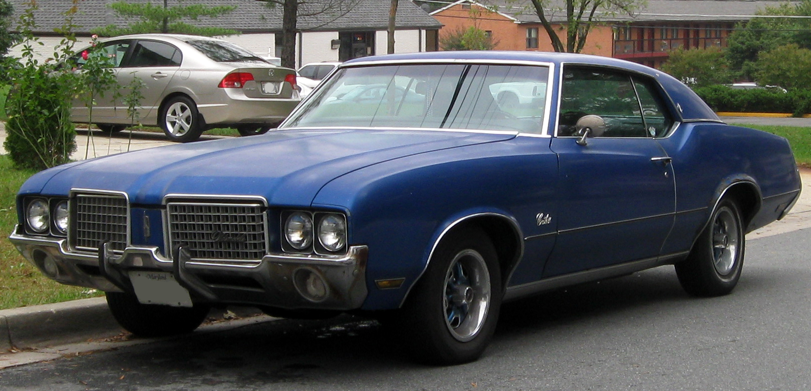 Oldsmobile Cutlass Supreme - Wikipedia