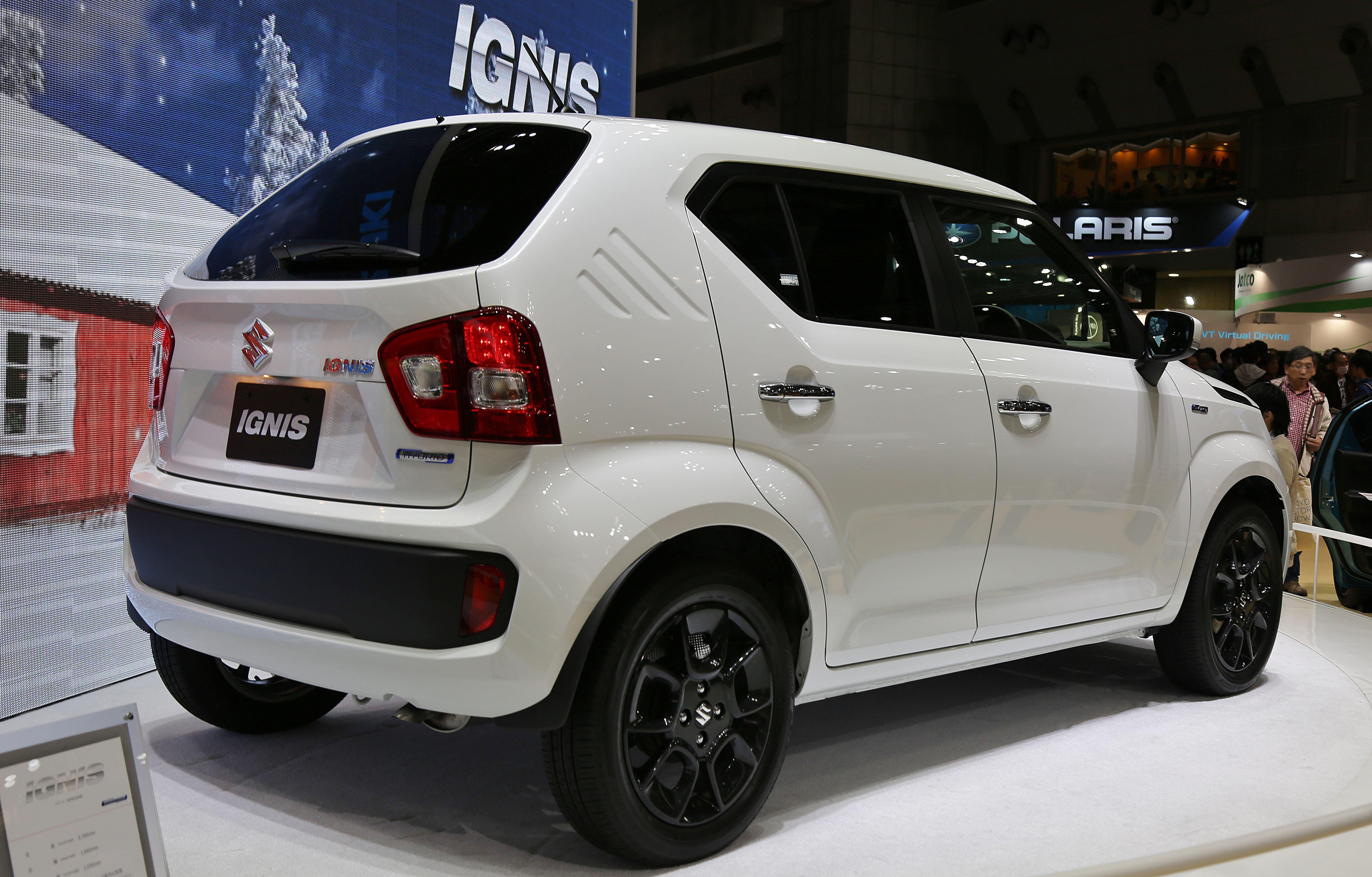 File2015 Suzuki Ignis Rear