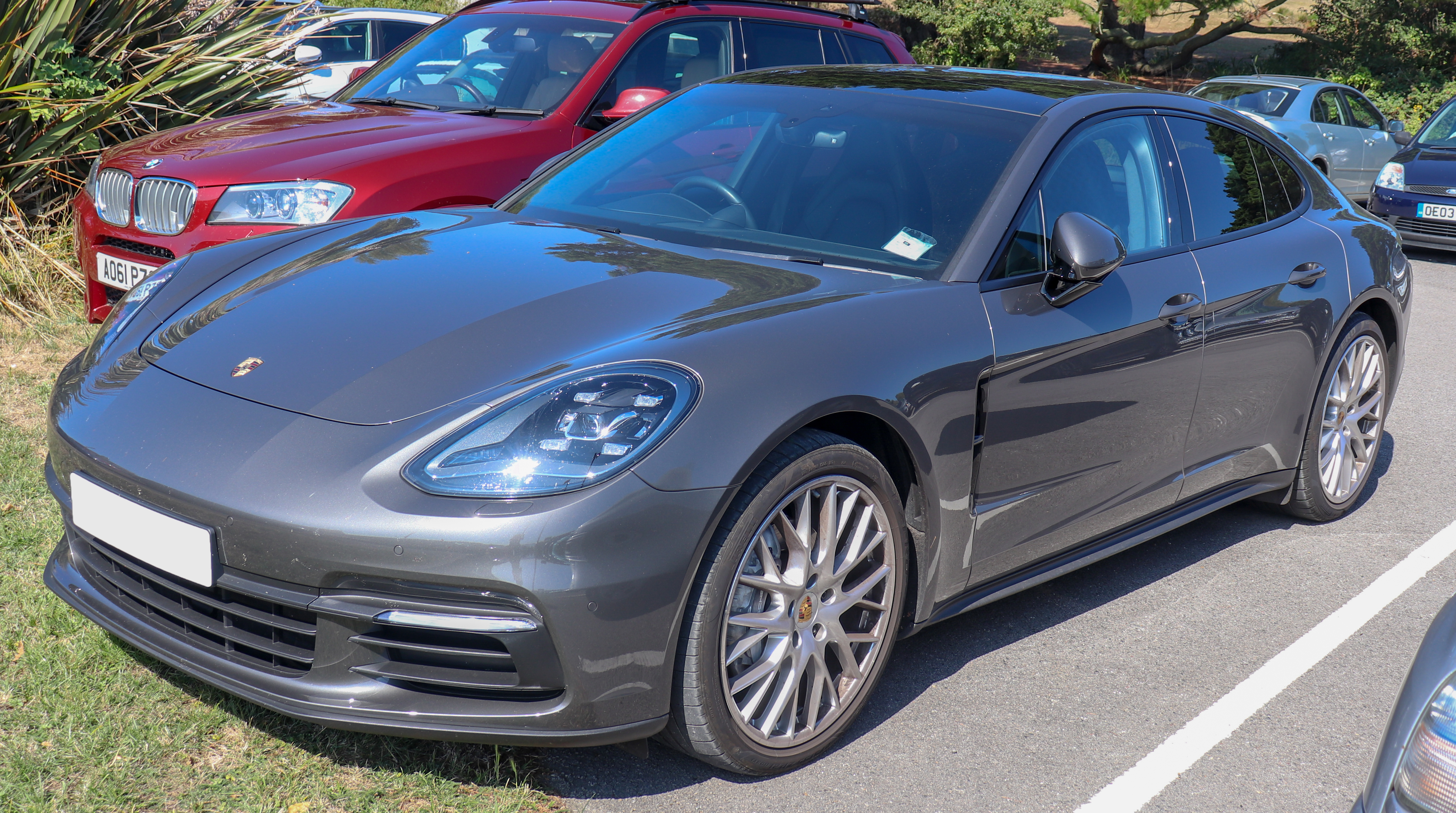 Ficheiro 2017 Porsche Panamera S A 3 0 Front Jpg Wikipedia A Enciclopedia Livre