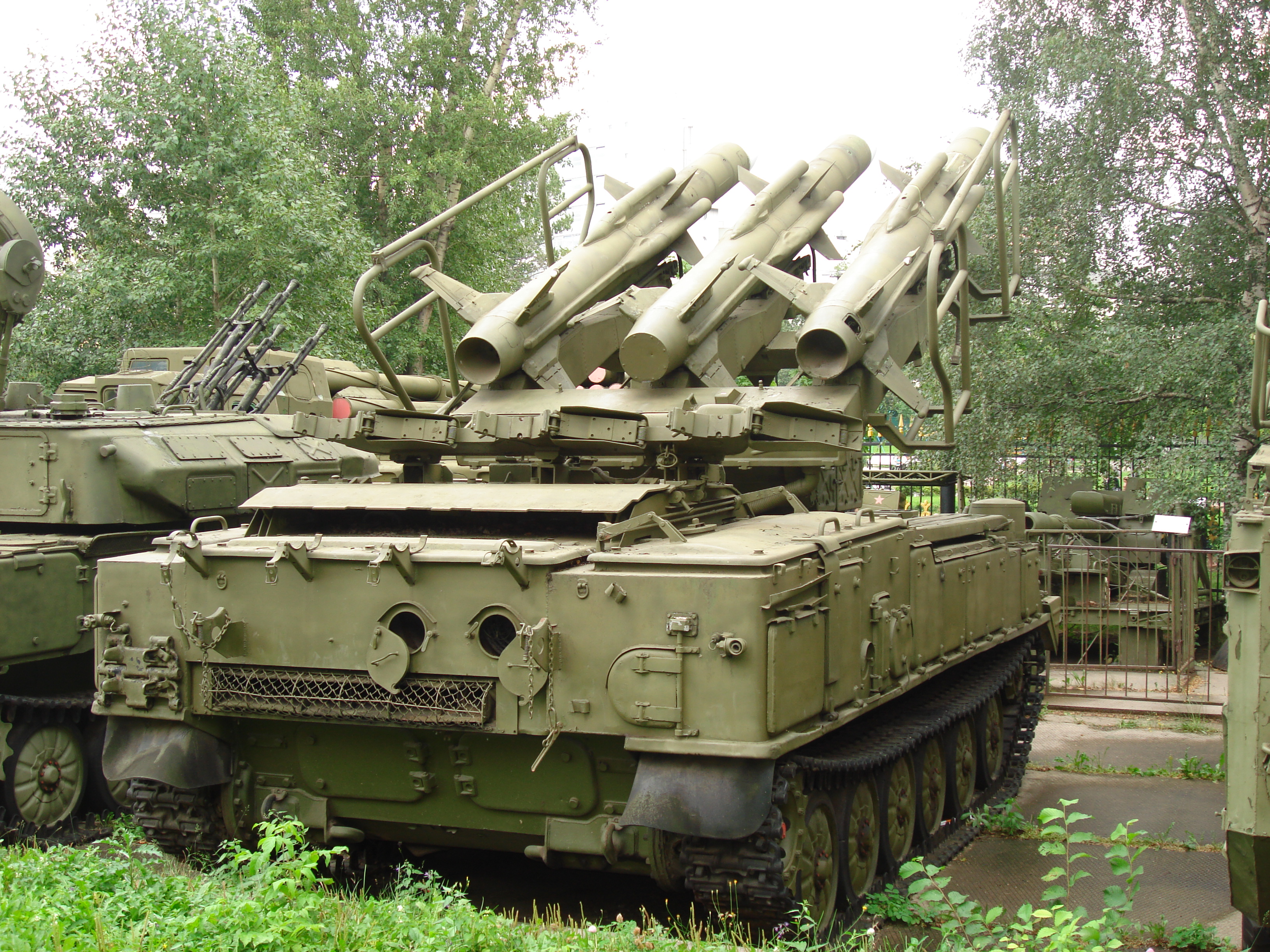 2K12 KUB 2K12_Kub_backside_at_Central_Museum_of_Russian_Armed_Forces