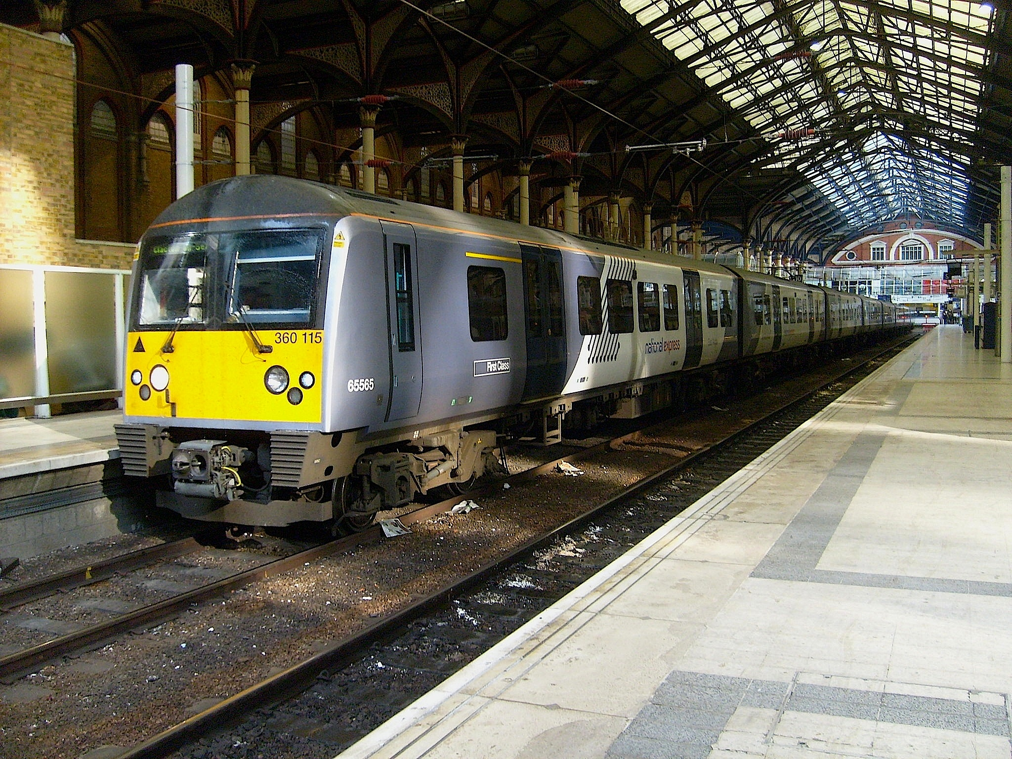 File:360115 A London Liverpool Street.JPG - Wikipedia, the free ...