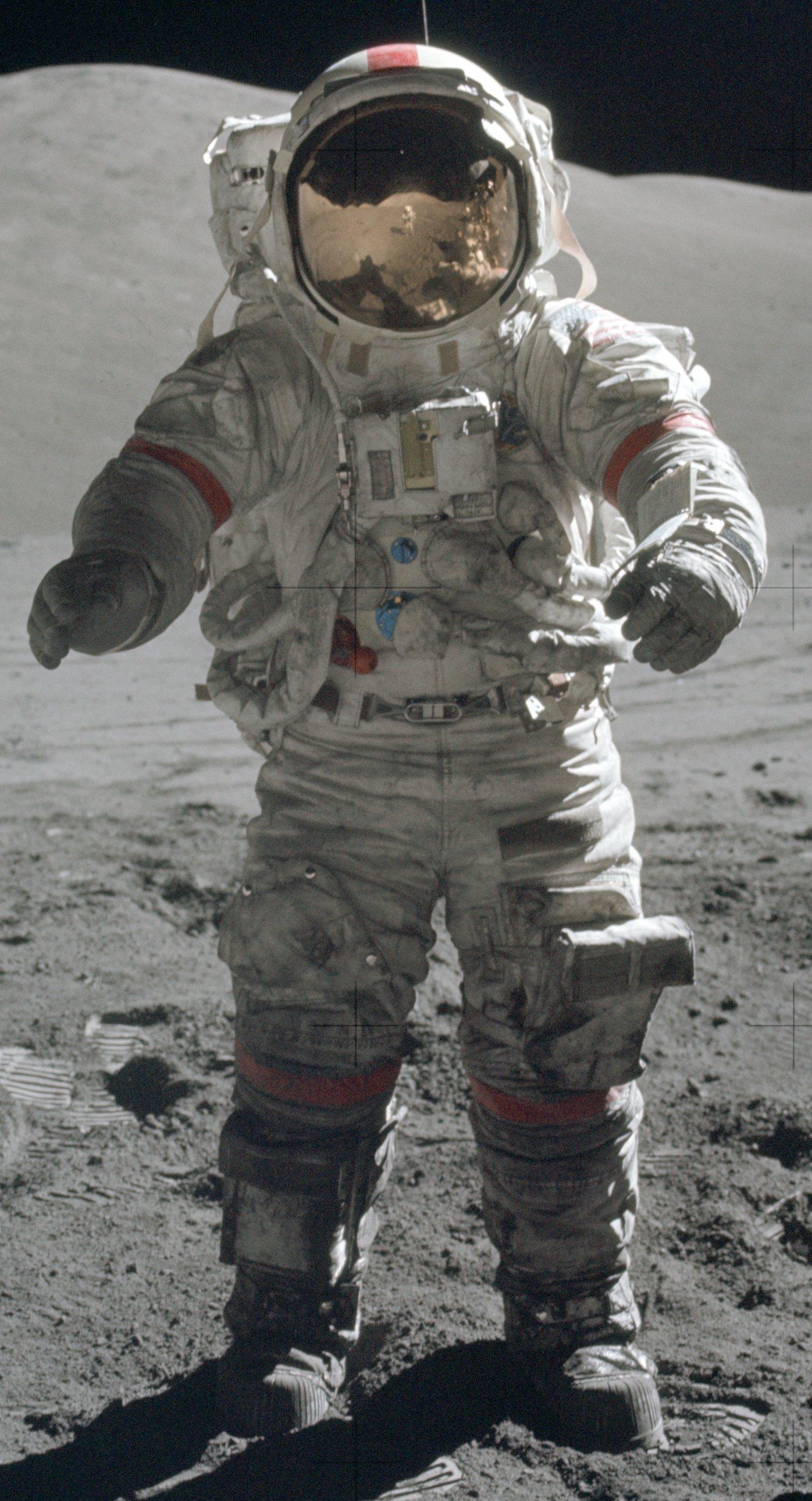 nasa apollo flight suit - photo #44