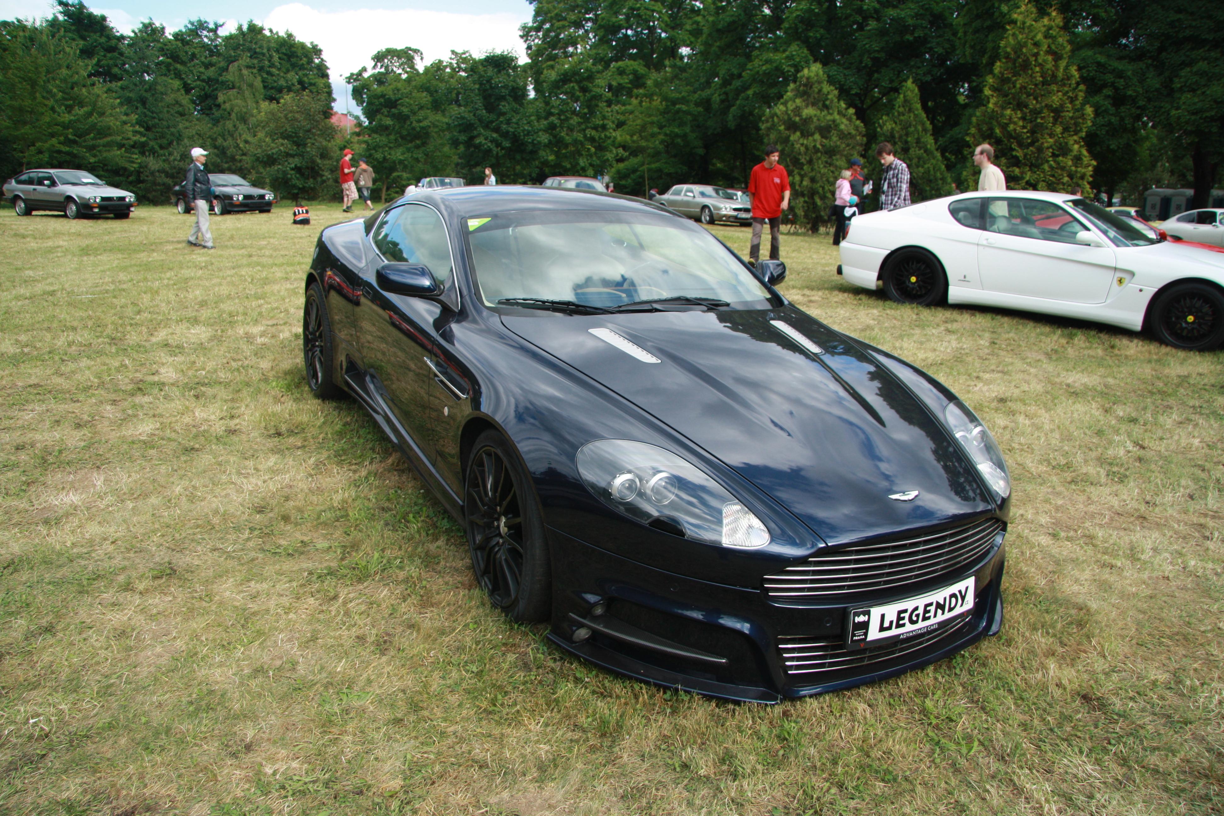 File Aston Martin Db9 At Legendy 2014 Jpg Wikimedia Commons